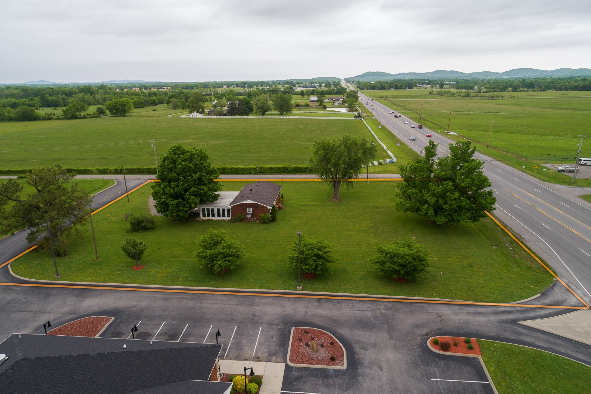 2843 Highway 231 North Property Photo - Shelbyville, TN real estate listing