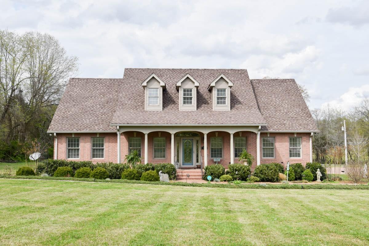 1307 Hwy 52E Property Photo - Portland, TN real estate listing