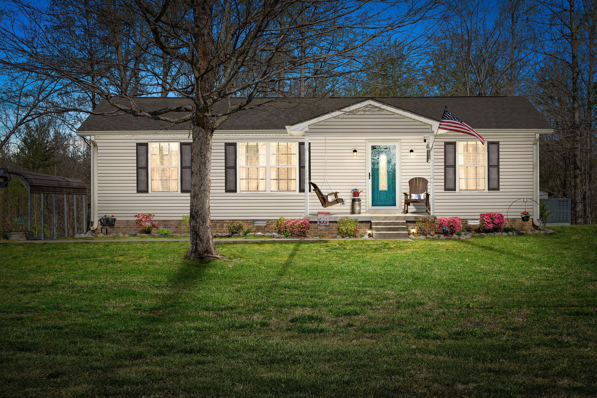 2868 Waverly Rd Property Photo - Tennessee Ridge, TN real estate listing
