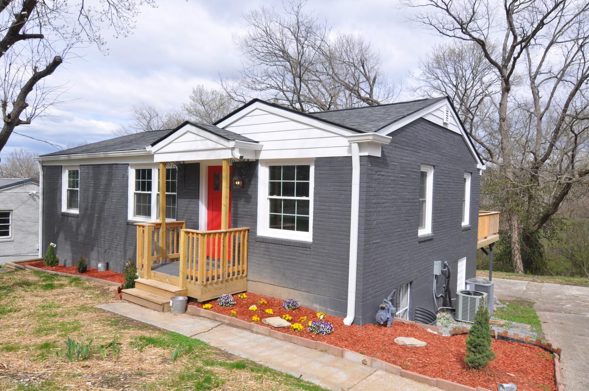 820 Patricia Dr Property Photo