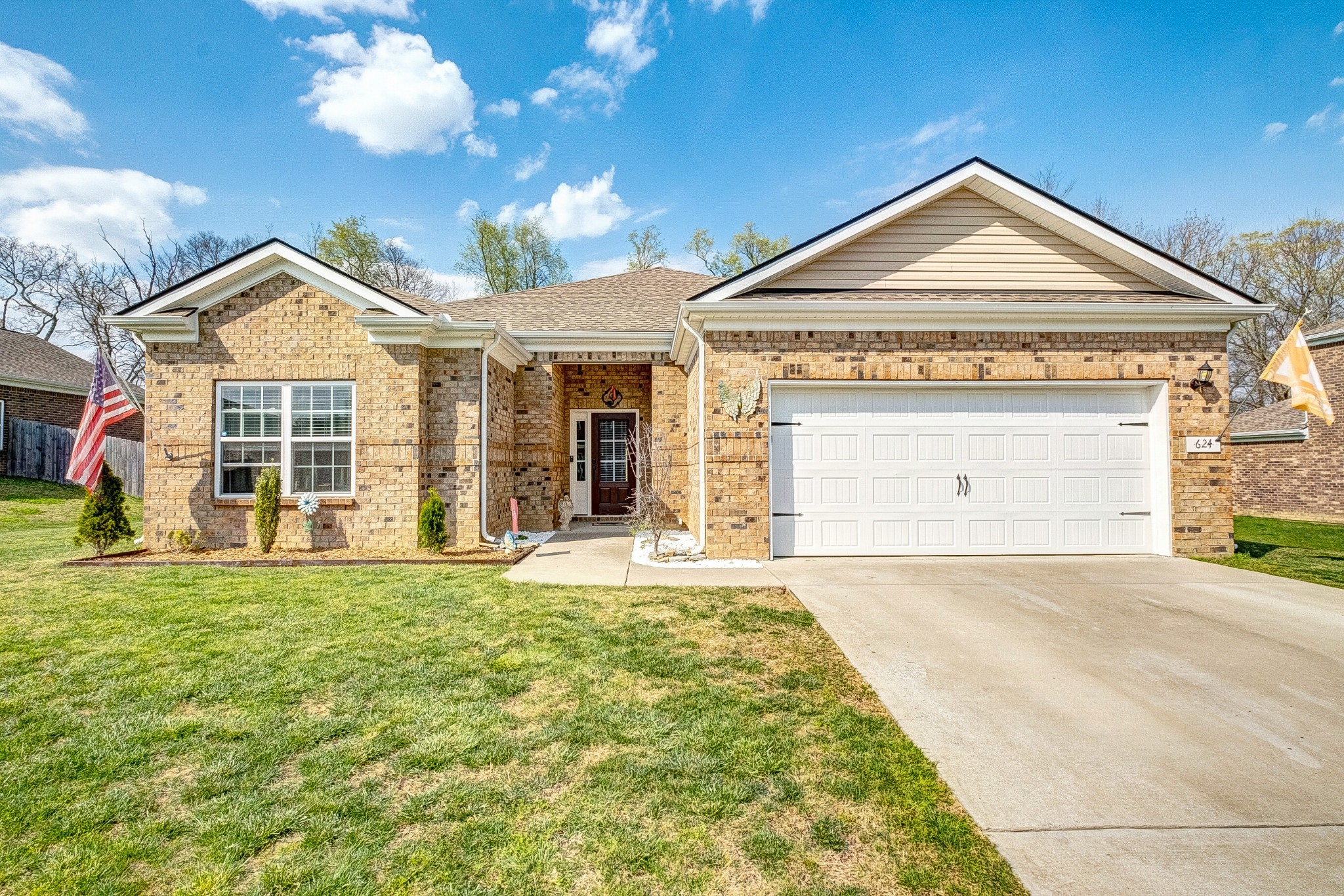 624 Fredericksburg Dr Property Photo - Gallatin, TN real estate listing