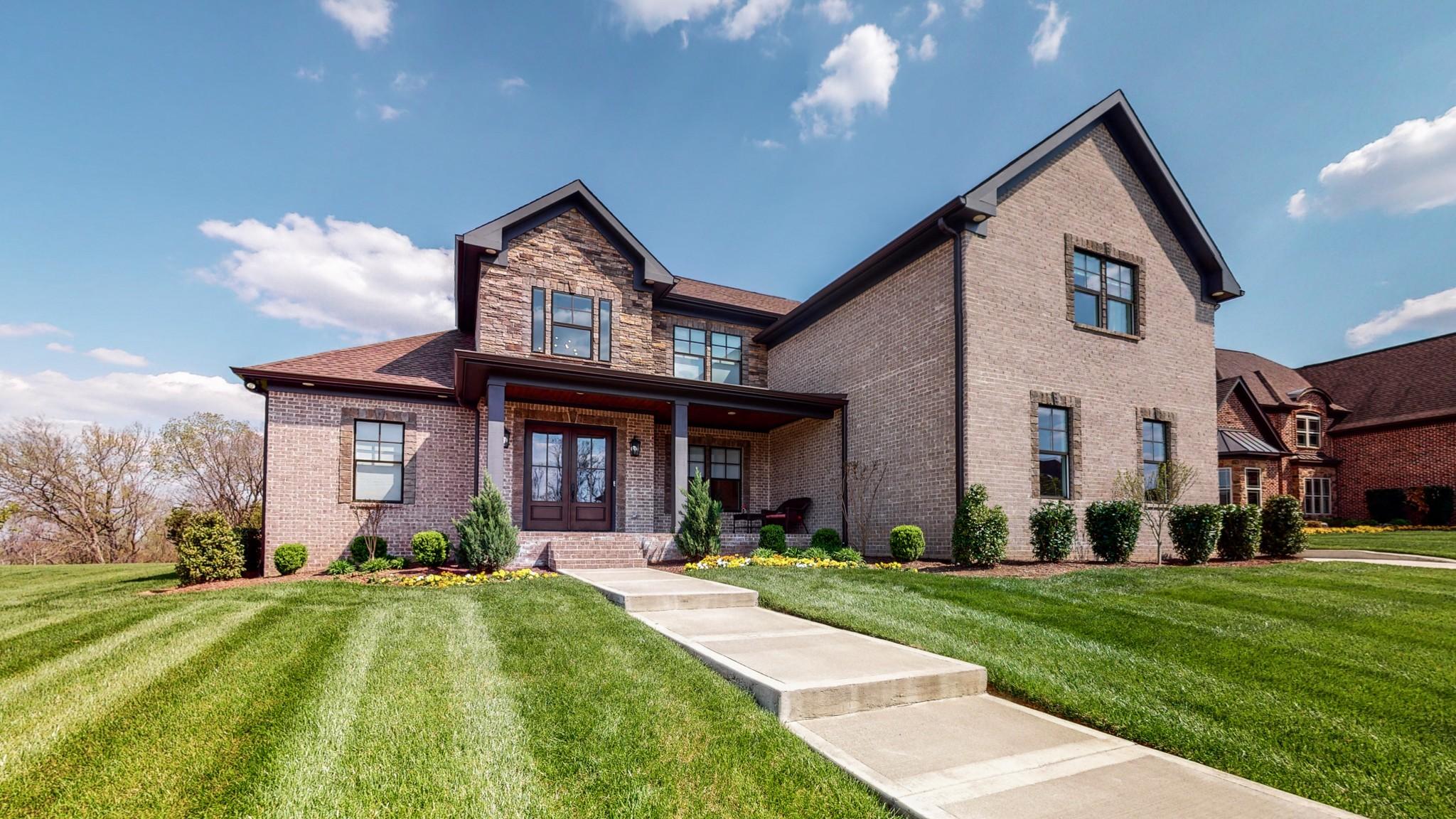 305 Charleston St Property Photo - Lebanon, TN real estate listing