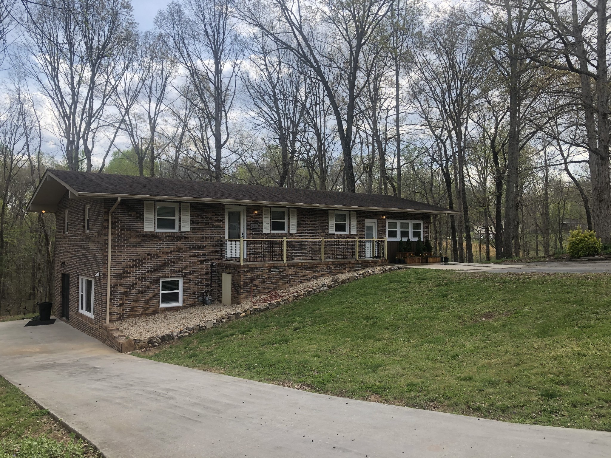 293 Trotters Cir Property Photo