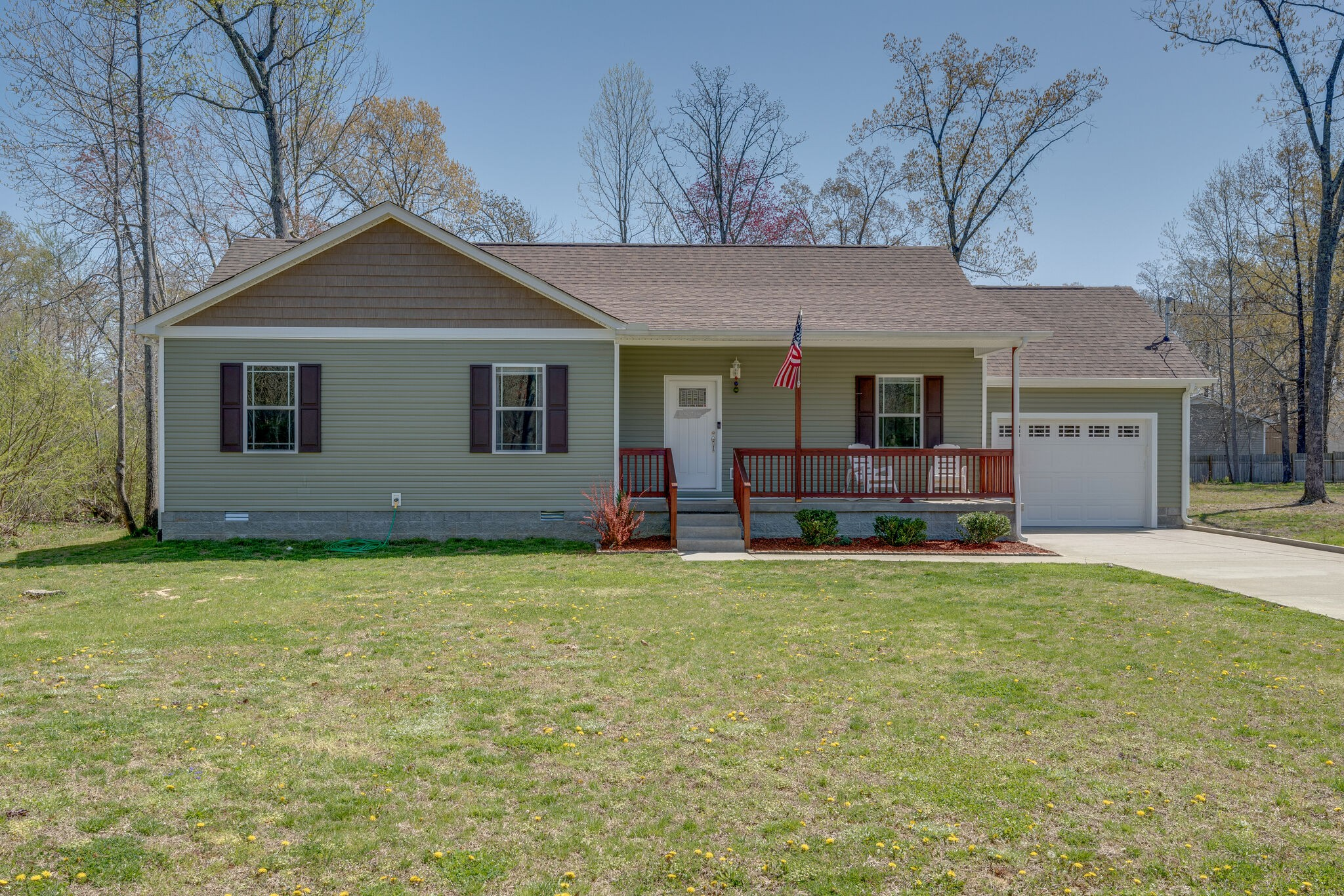 313 Brazzell Ave Property Photo - Dickson, TN real estate listing