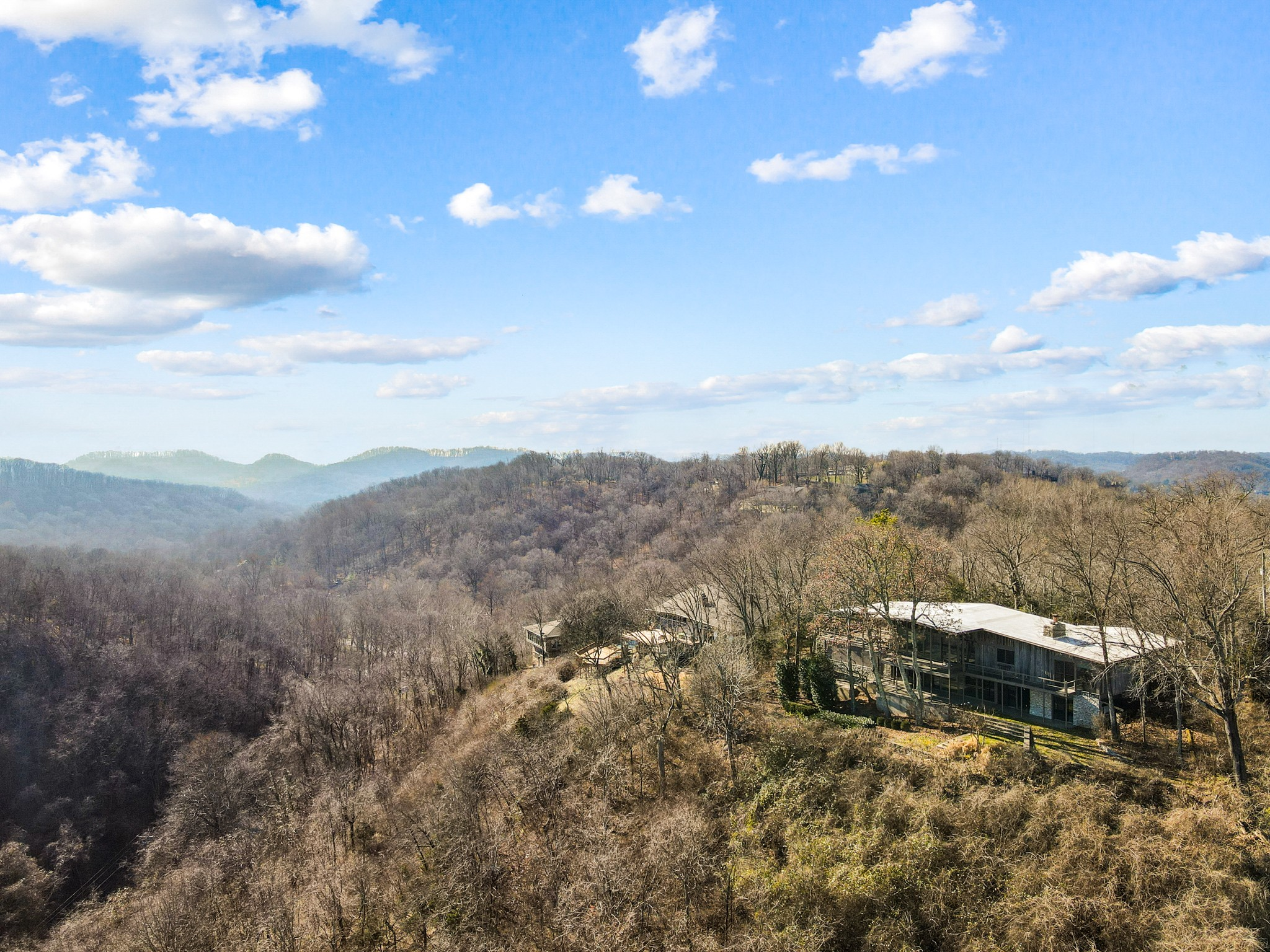 5013 Villa Crest Dr Property Photo - Nashville, TN real estate listing