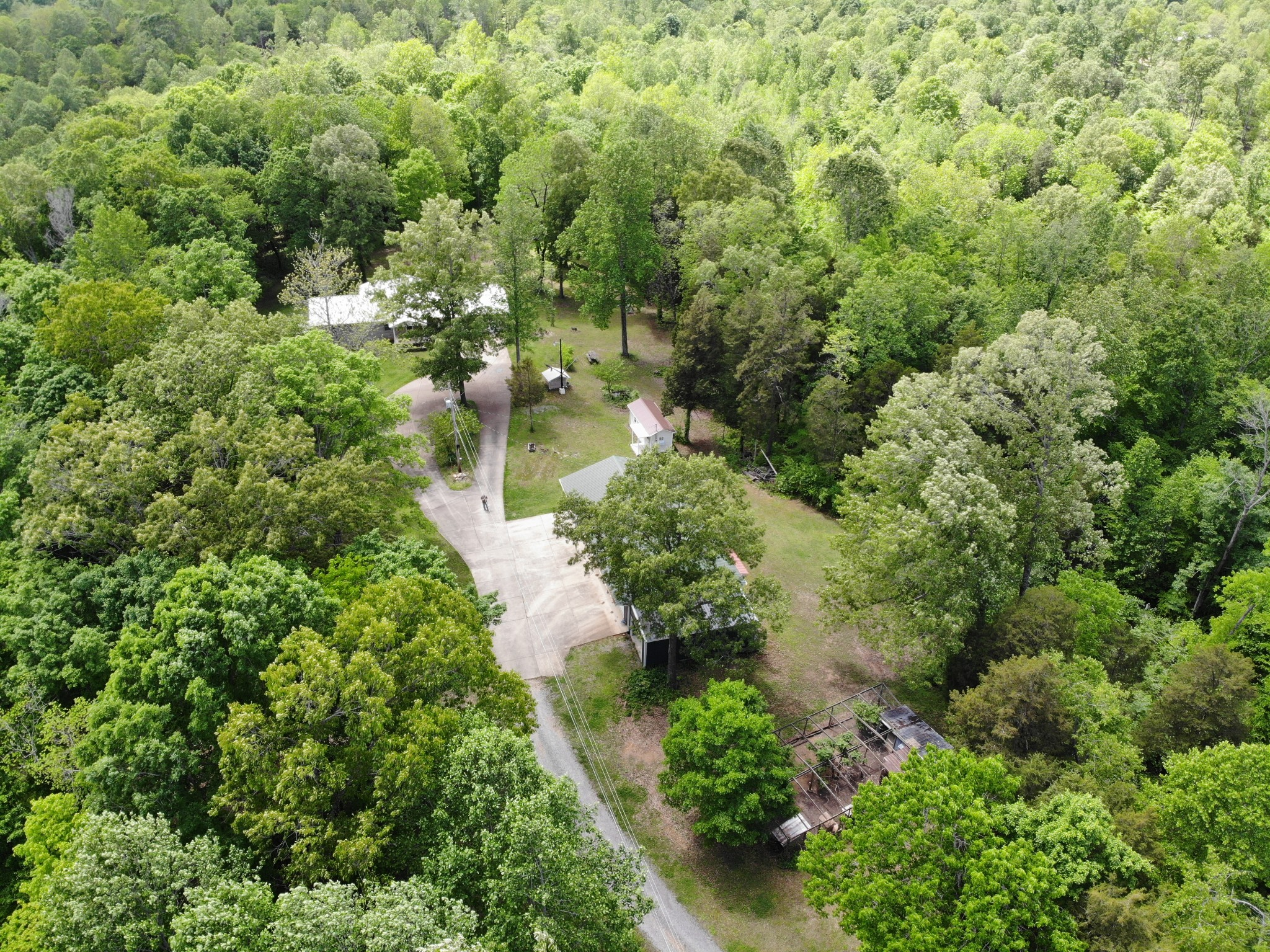 226 Hickman Creek Rd Property Photo - Dover, TN real estate listing