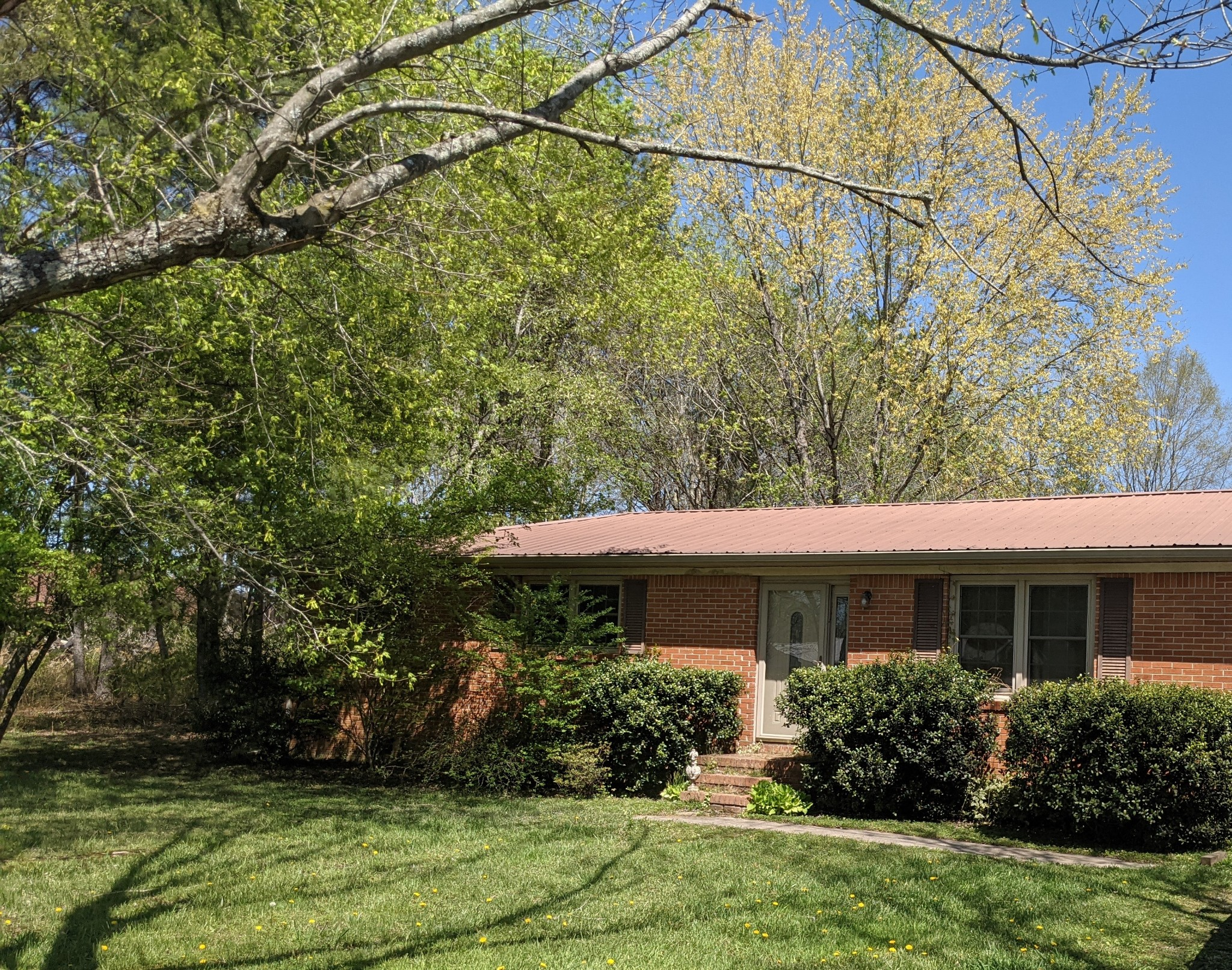 77 Sunset Dr Property Photo - Manchester, TN real estate listing