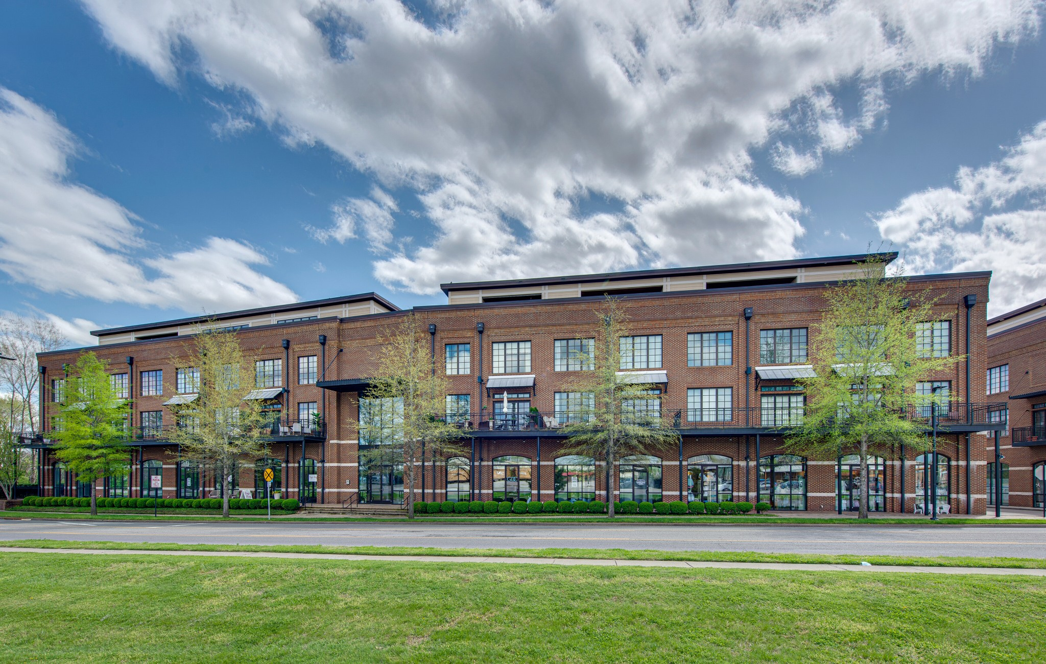 324 Liberty Pike #225 Property Photo - Franklin, TN real estate listing
