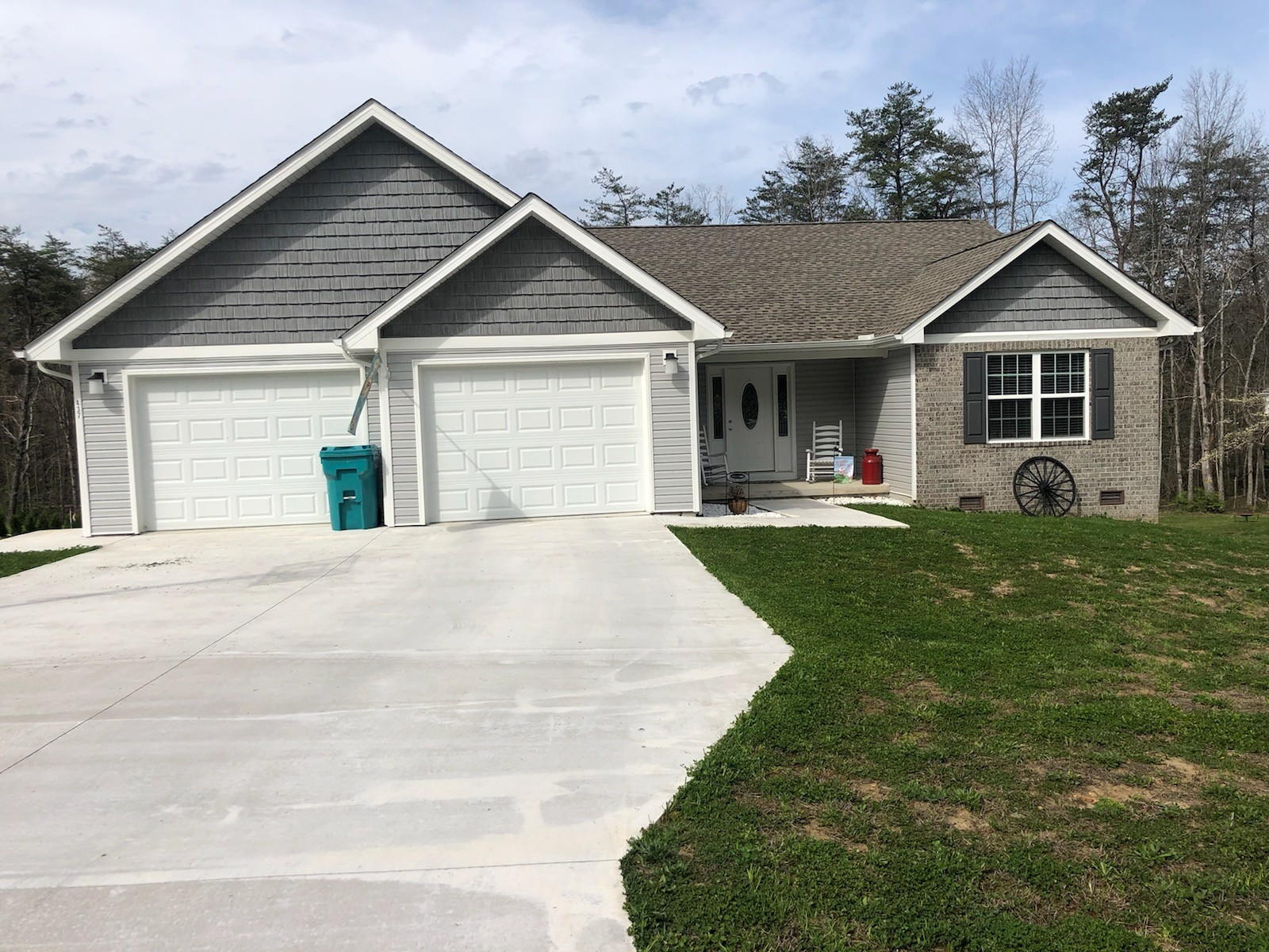 437 Deerfield Rd Property Photo - Crossville, TN real estate listing
