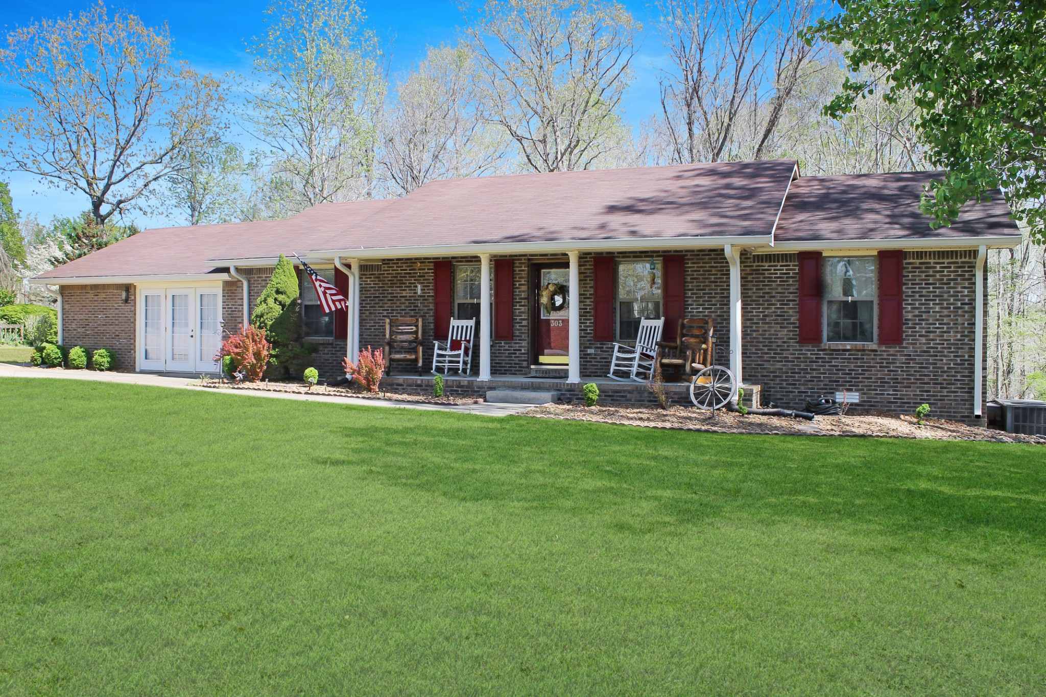 303 Crow Rd Property Photo - Dover, TN real estate listing
