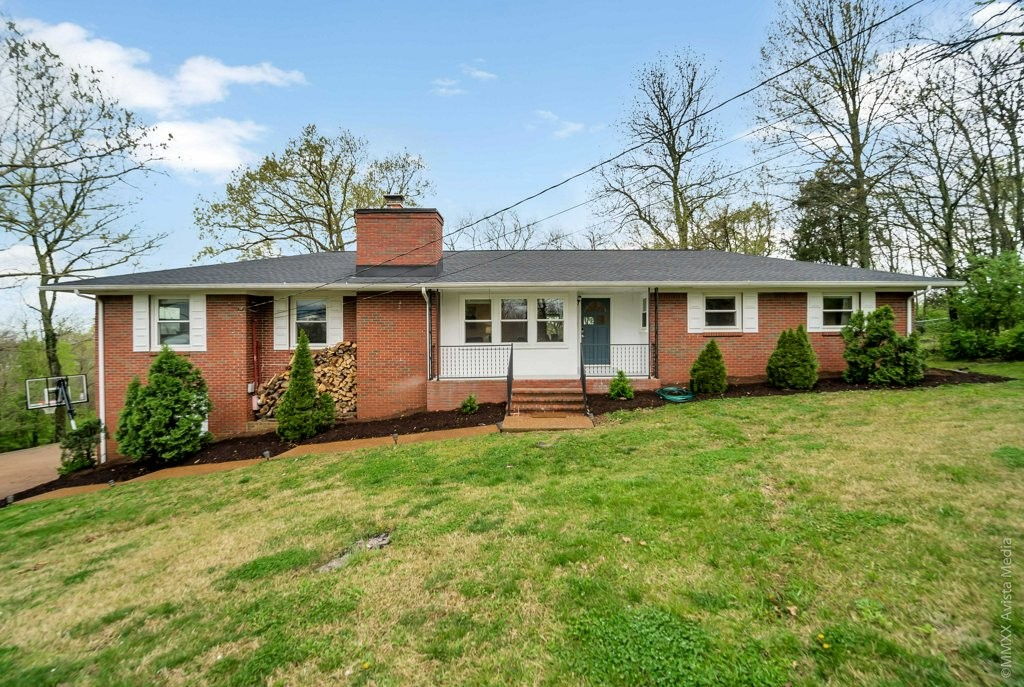 443 Kinhawk Dr Property Photo - Nashville, TN real estate listing