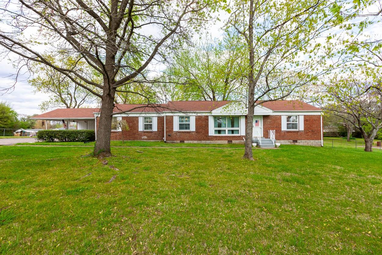 223 Donelson Hills Dr Property Photo - Nashville, TN real estate listing
