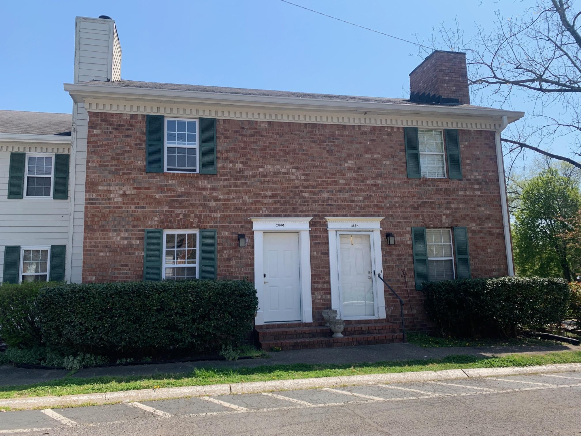 288 Donna Dr #Apt G Property Photo - Hendersonville, TN real estate listing