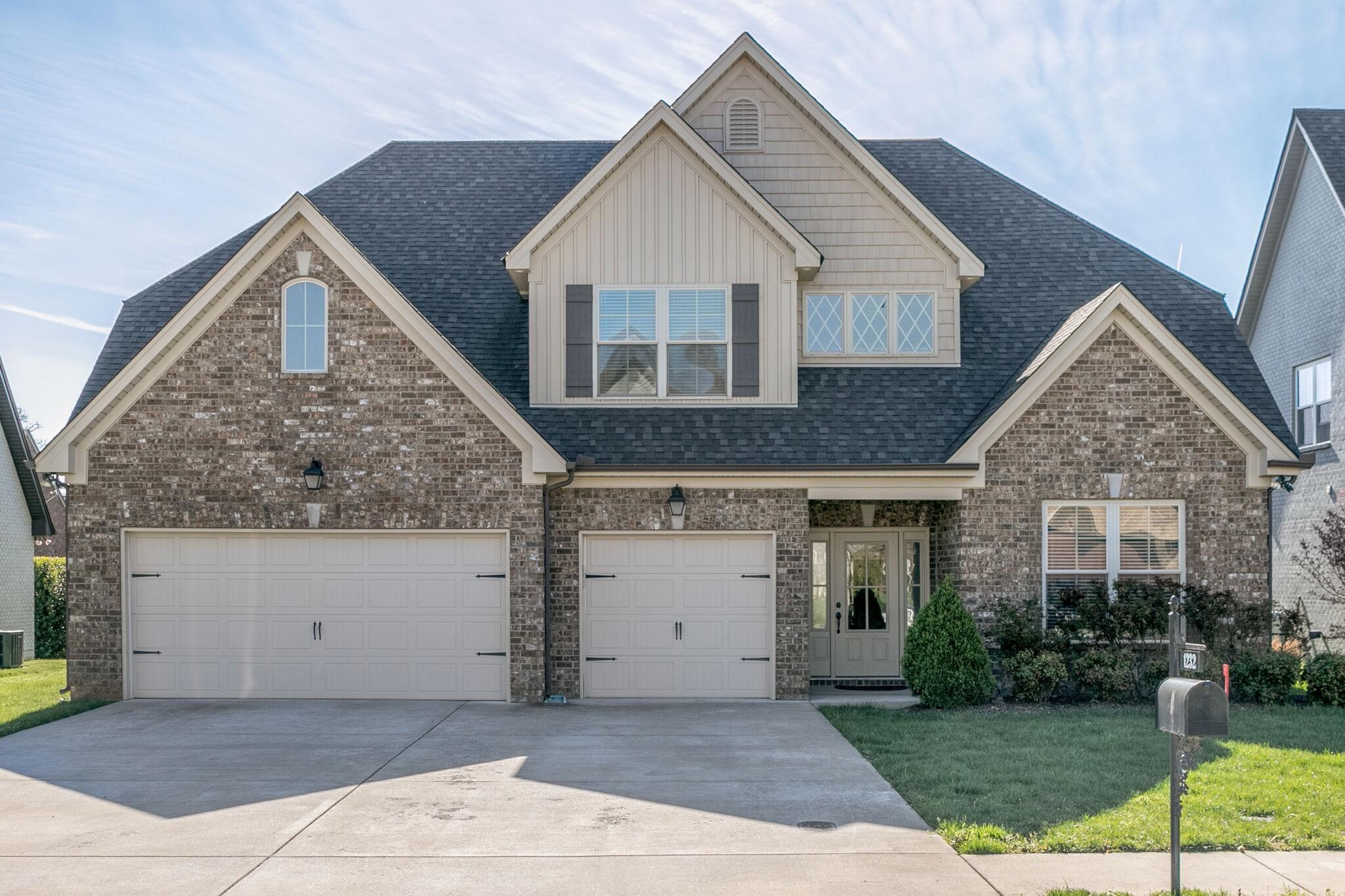 1232 Hensfield Dr Property Photo - Murfreesboro, TN real estate listing