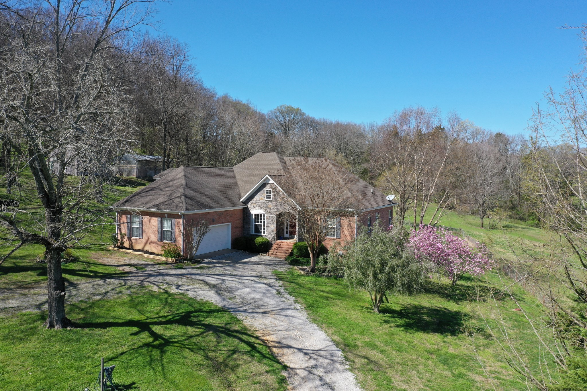 4417 Dugger Rd Property Photo - Culleoka, TN real estate listing