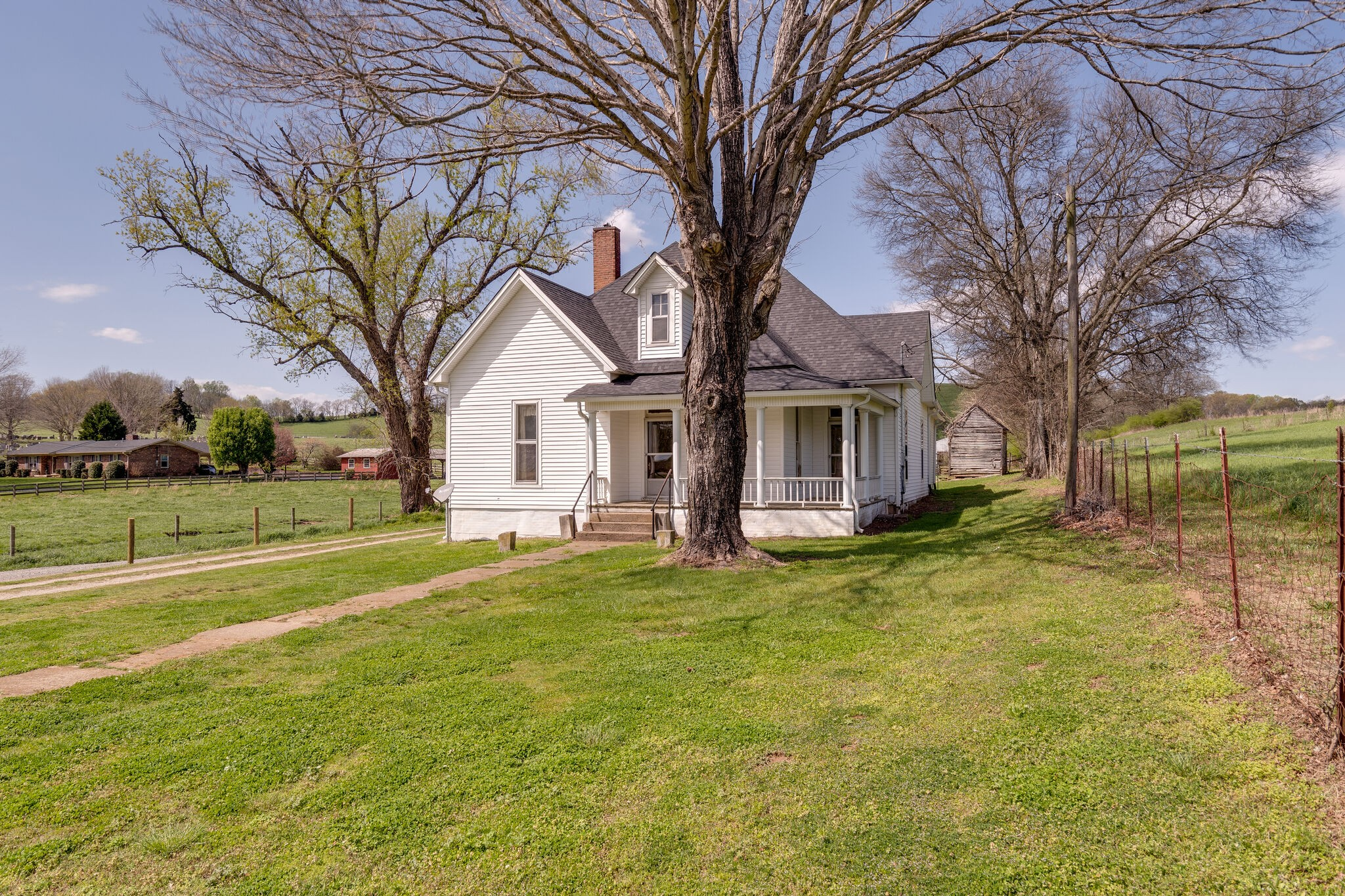 1325 Main St Property Photo - Lynnville, TN real estate listing