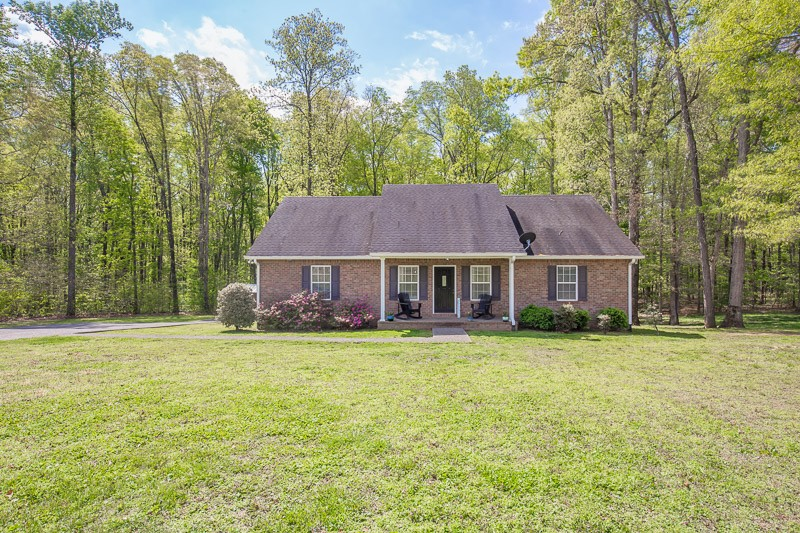 1010 Goldfinch Trl Property Photo - Portland, TN real estate listing