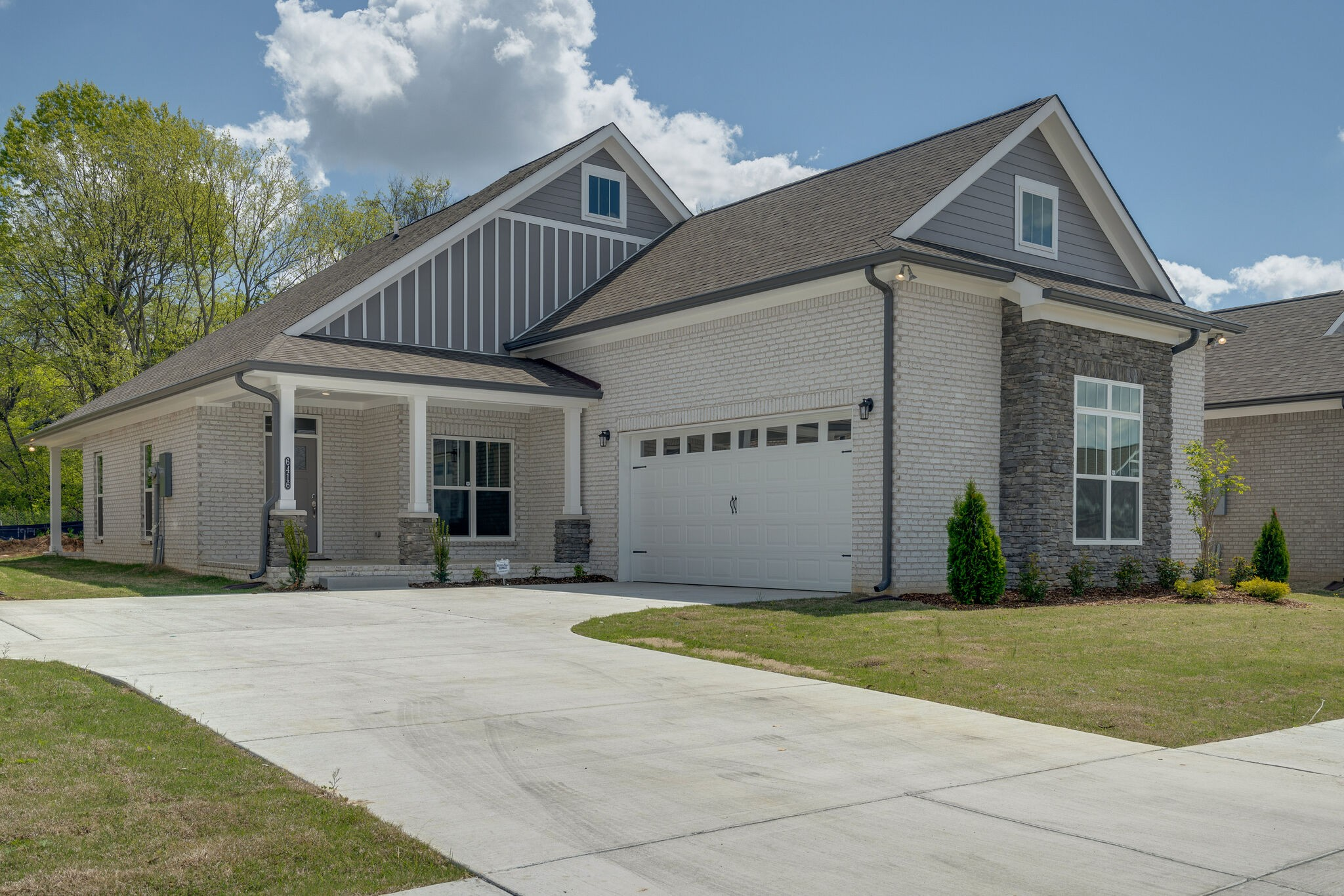 6416 Armstrong Drive Property Photo - Hermitage, TN real estate listing
