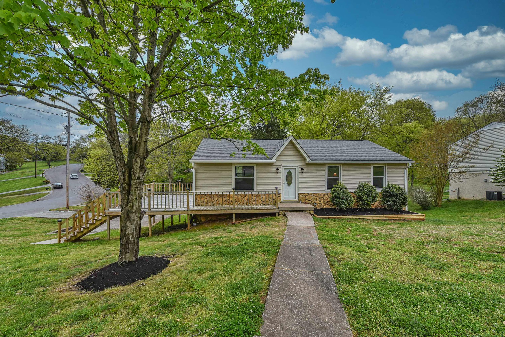 136 Timberlake Dr Property Photo - Hendersonville, TN real estate listing
