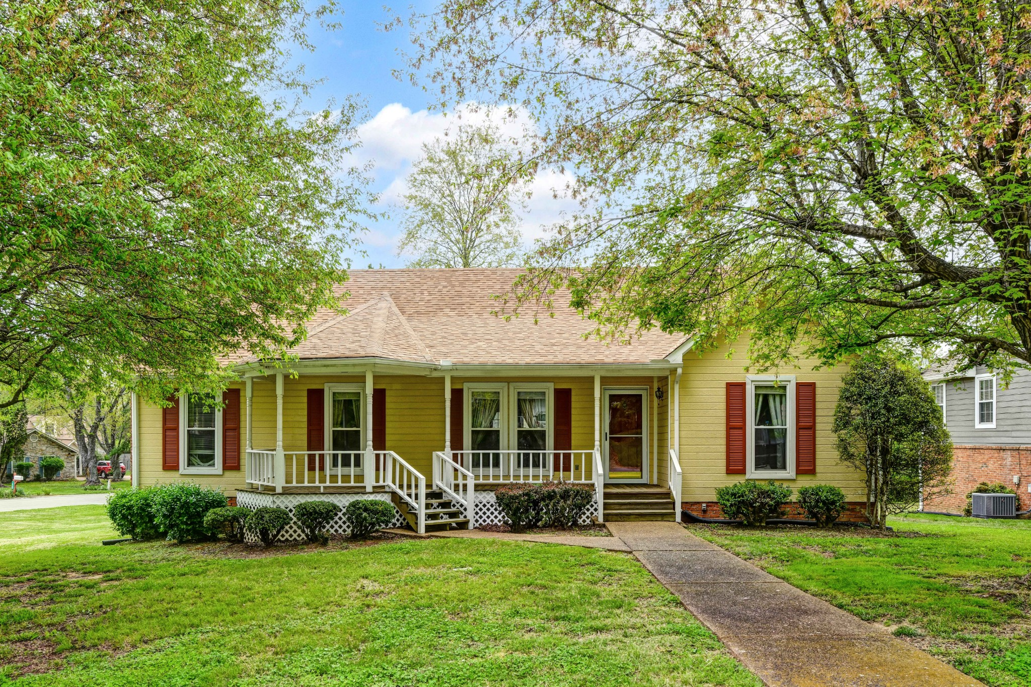 1172 Hunters Chase Dr Property Photo - Franklin, TN real estate listing