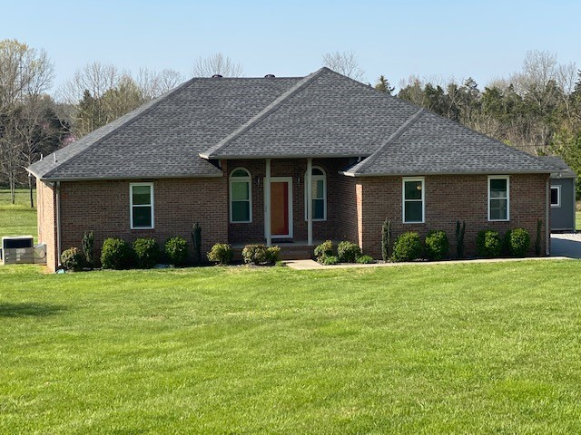 565 Shaw Rd Property Photo - Shelbyville, TN real estate listing