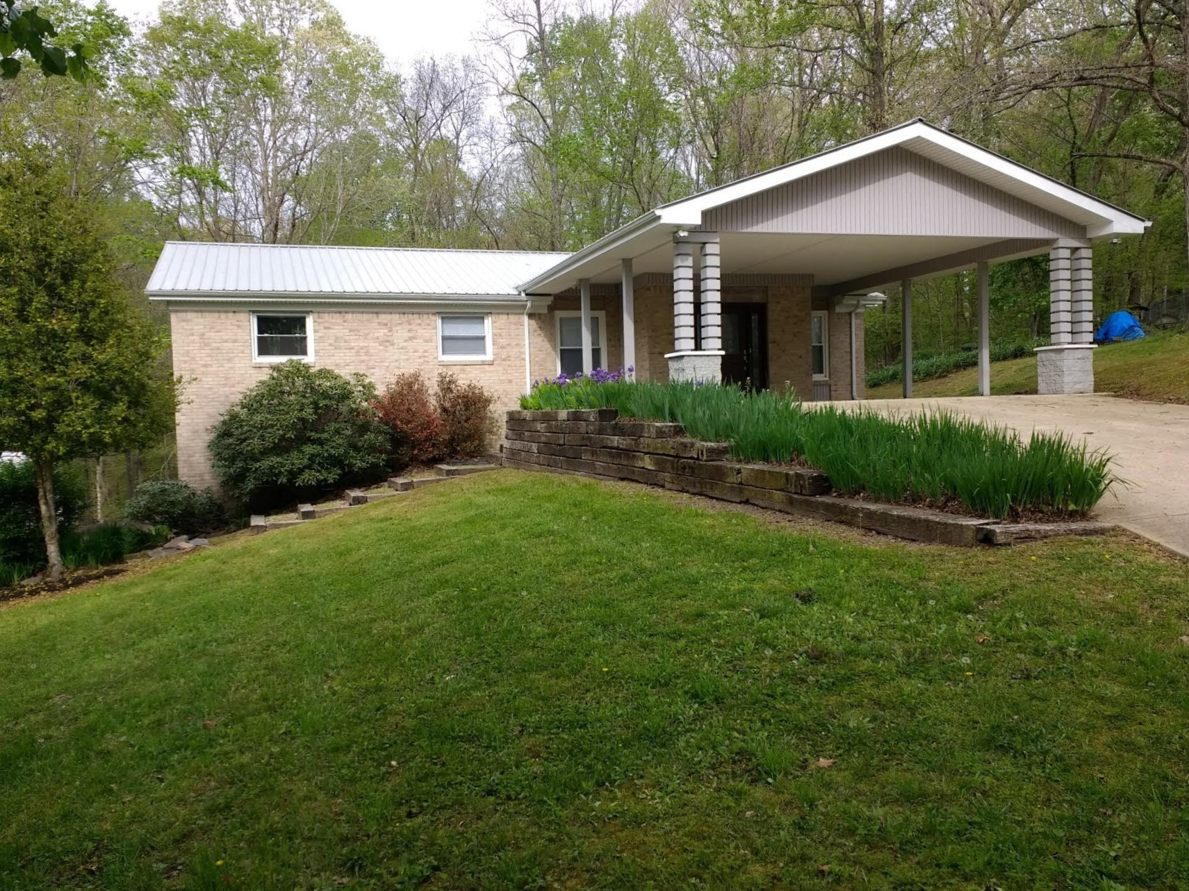 904 Shady Cir Property Photo - Centerville, TN real estate listing