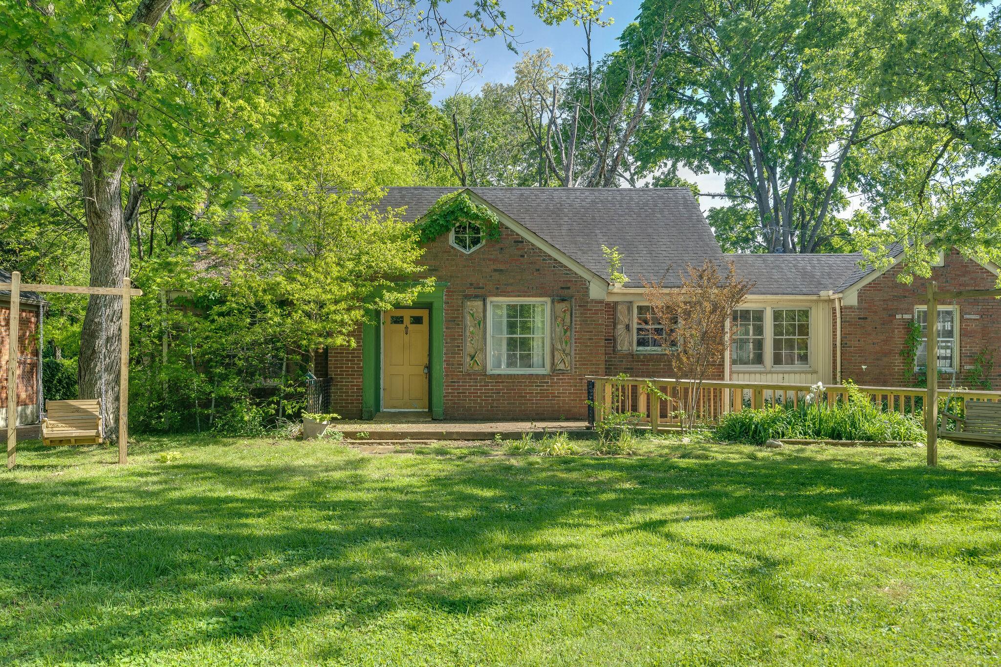 205 Dellrose Dr Property Photo - Nashville, TN real estate listing