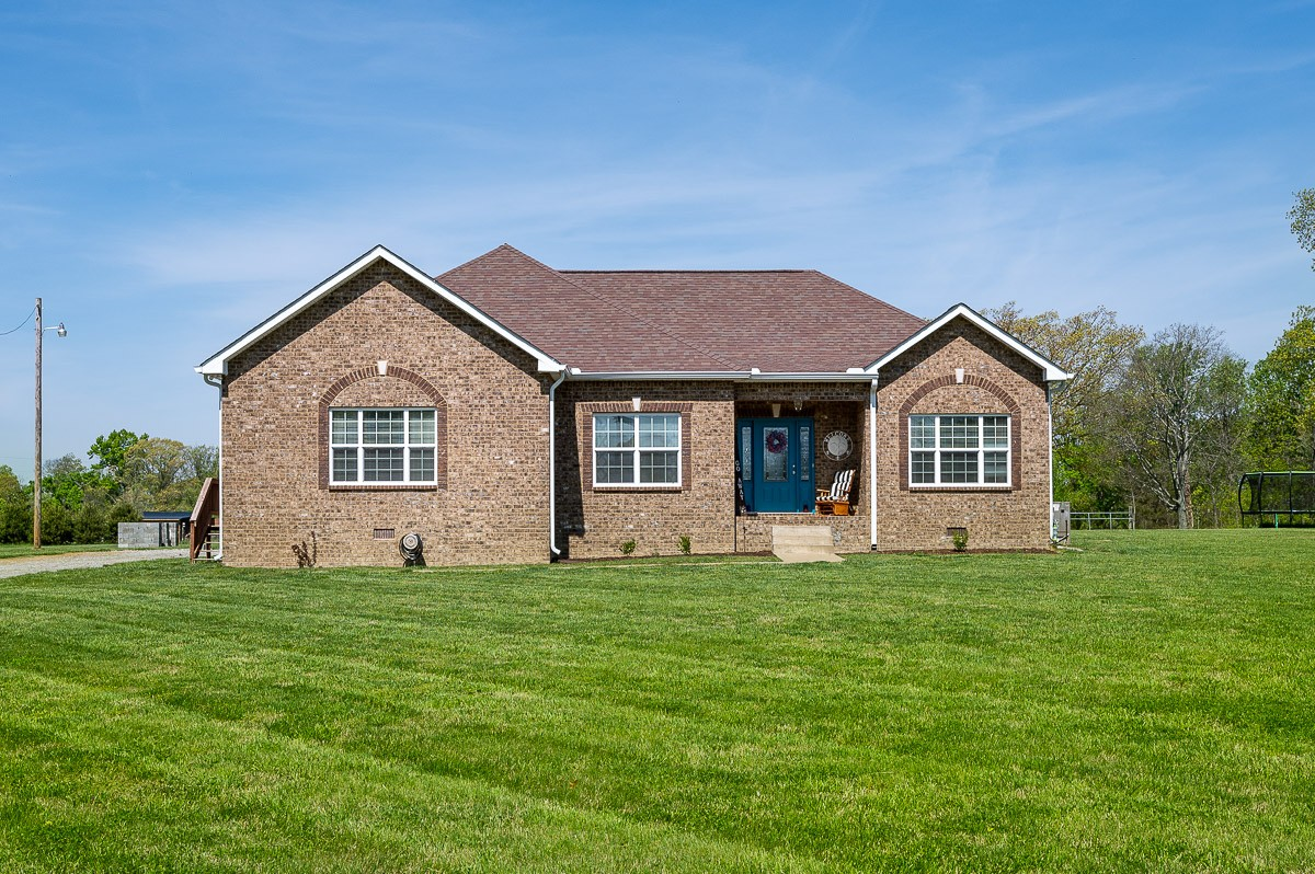 7480 Highway 49 E Property Photo - Springfield, TN real estate listing