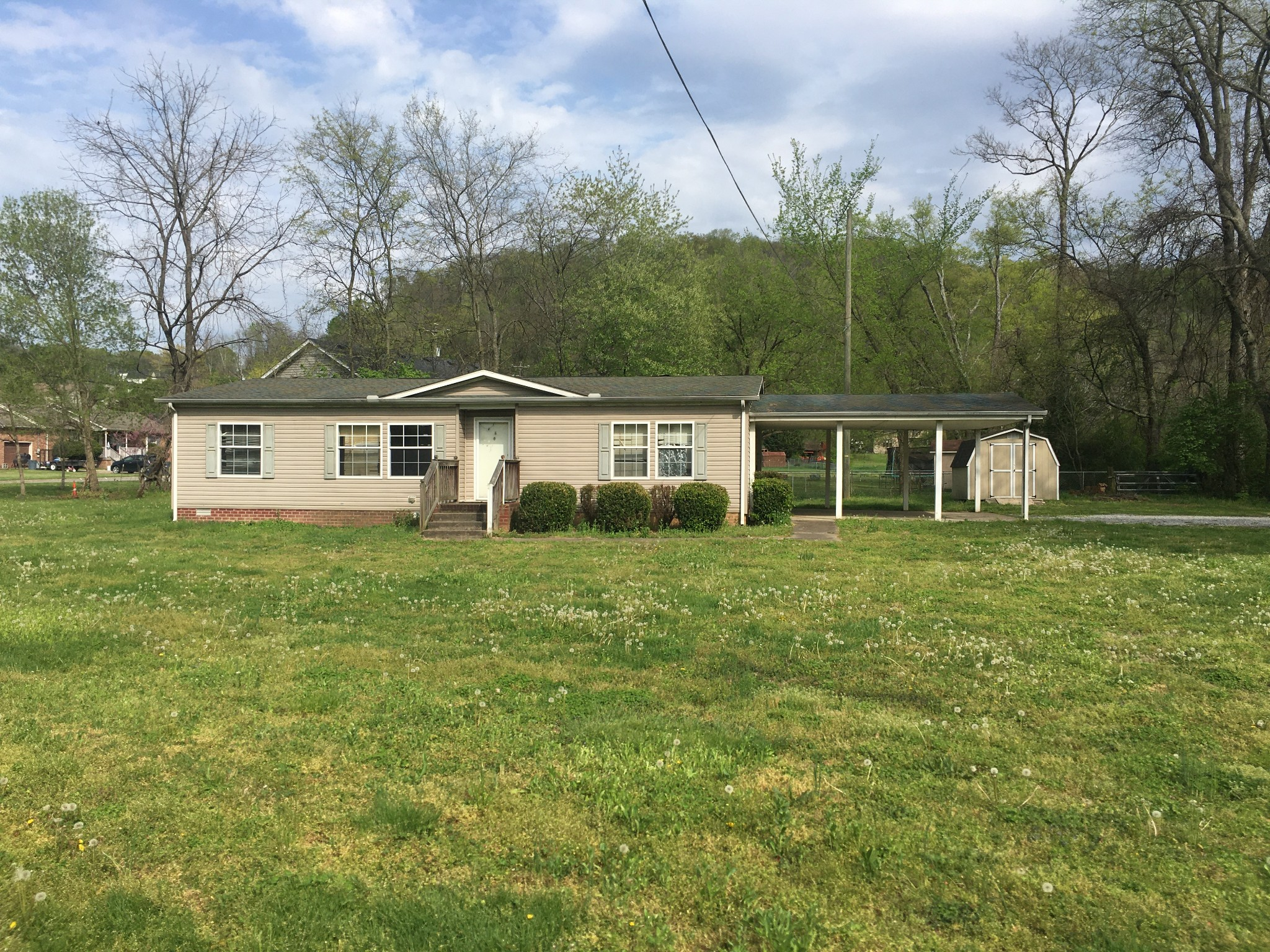 1068 Williamson Rd Property Photo - Goodlettsville, TN real estate listing