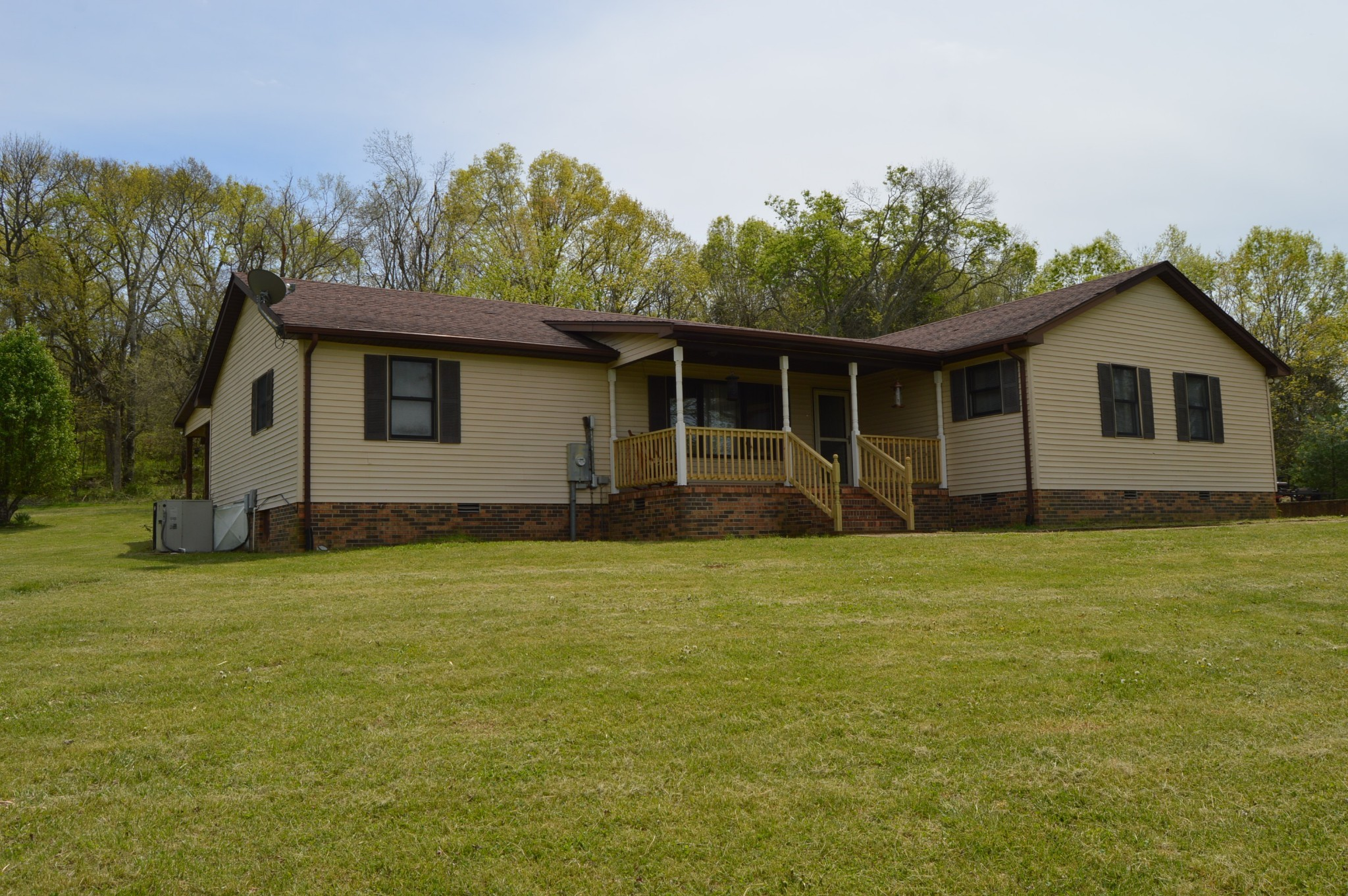 255 Locke Rd Property Photo - Wartrace, TN real estate listing