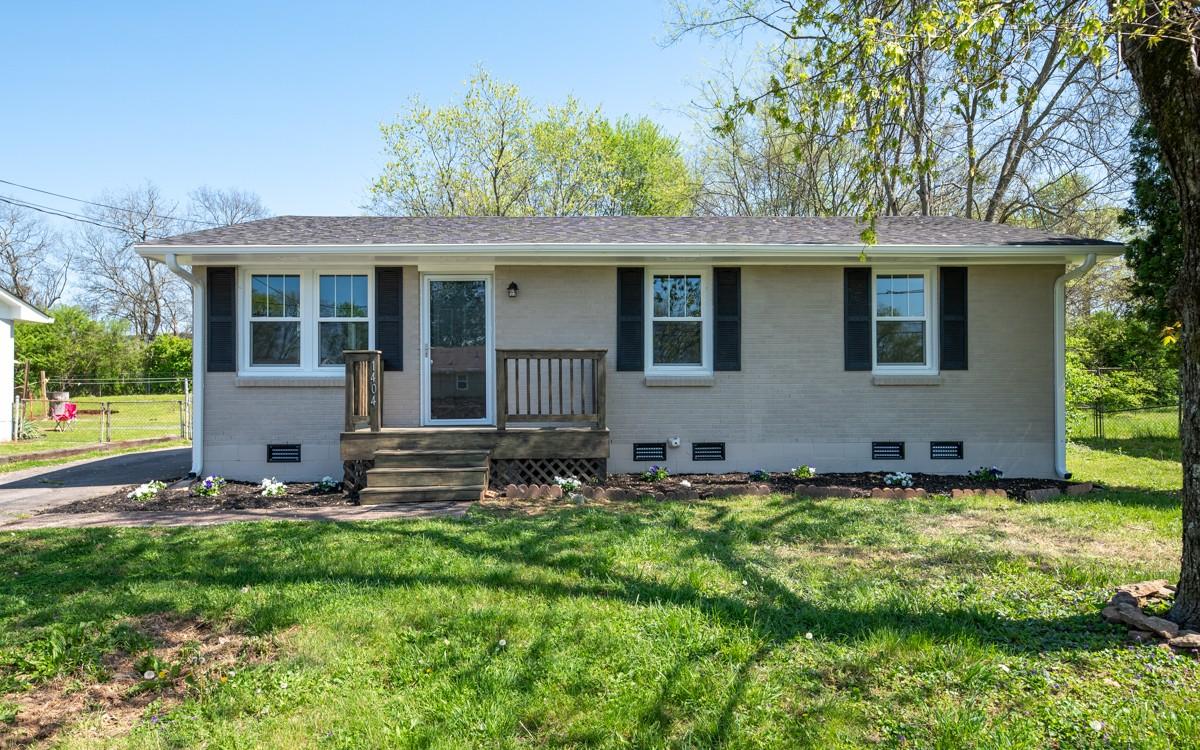 1404 Bain Dr Property Photo - Madison, TN real estate listing