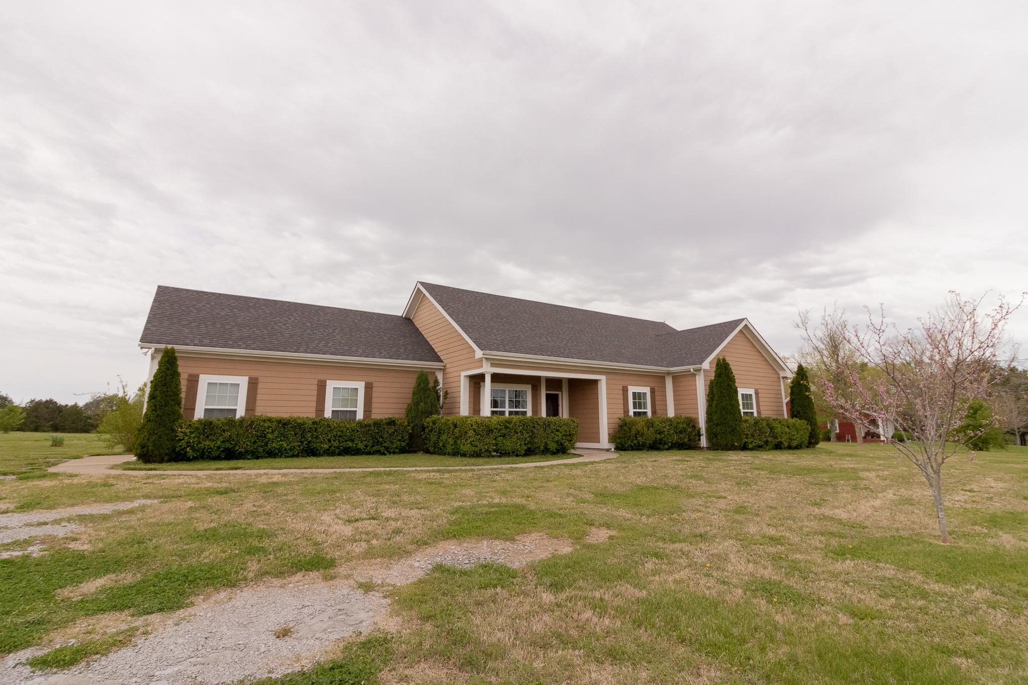 6465 Lofton Rd Property Photo - Lascassas, TN real estate listing