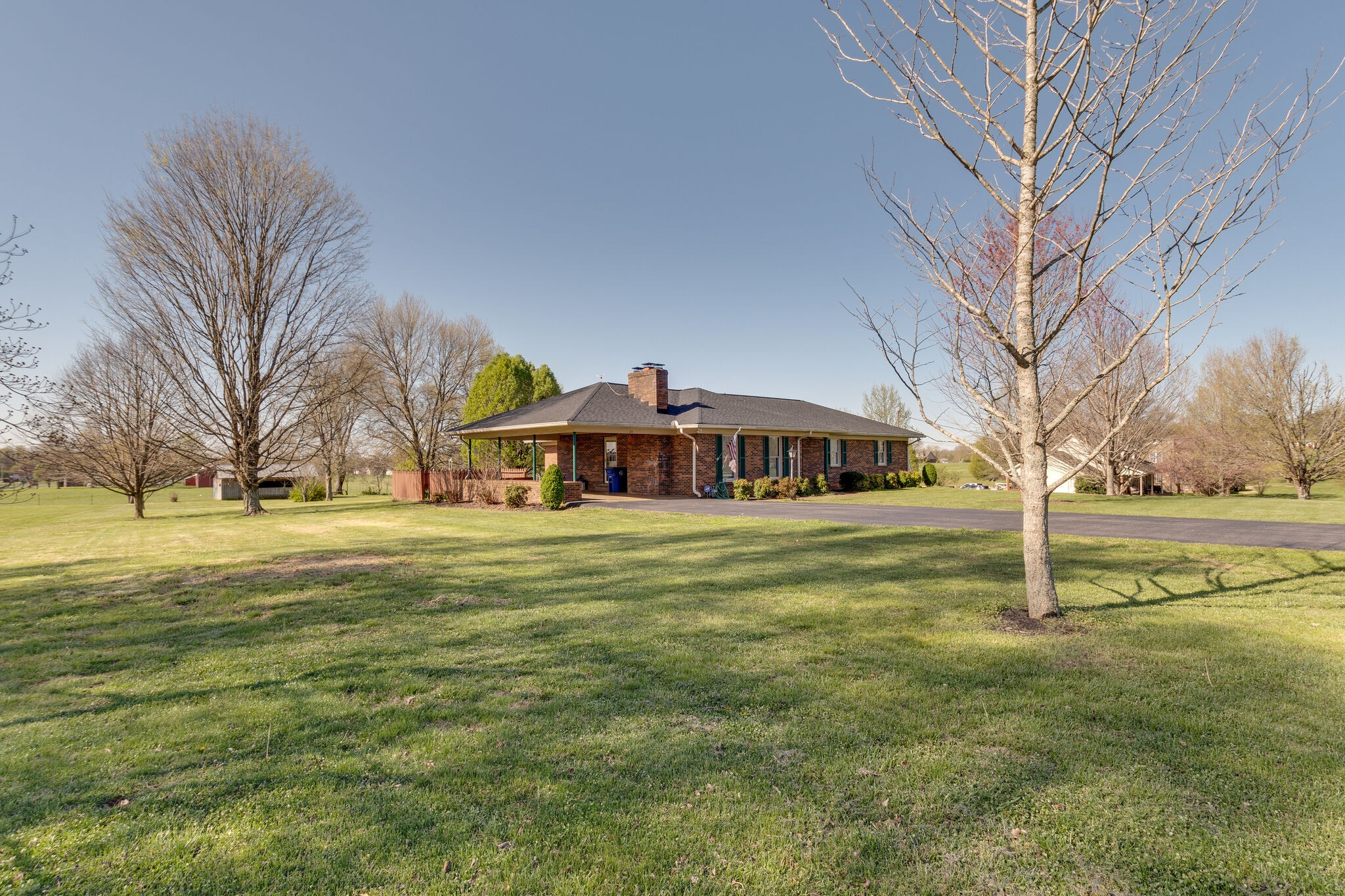 215 Broadview St Property Photo - Chapel Hill, TN real estate listing
