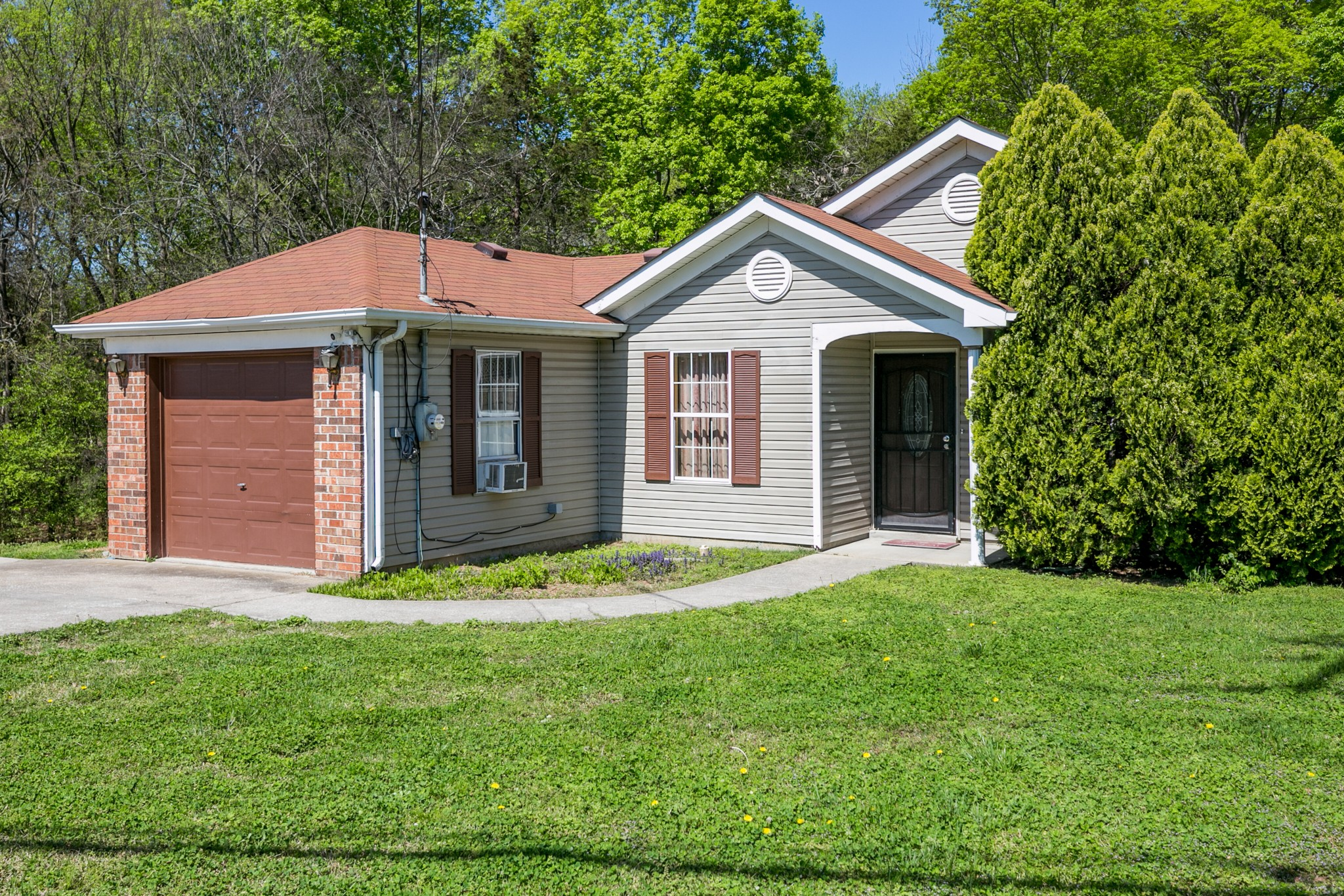 4293 Laurenwood Dr Property Photo - Antioch, TN real estate listing