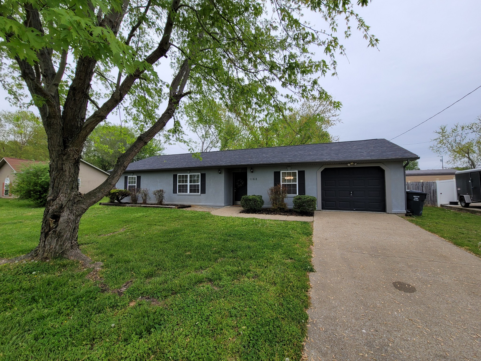 1168 Patton Pl Property Photo - Oak Grove, KY real estate listing