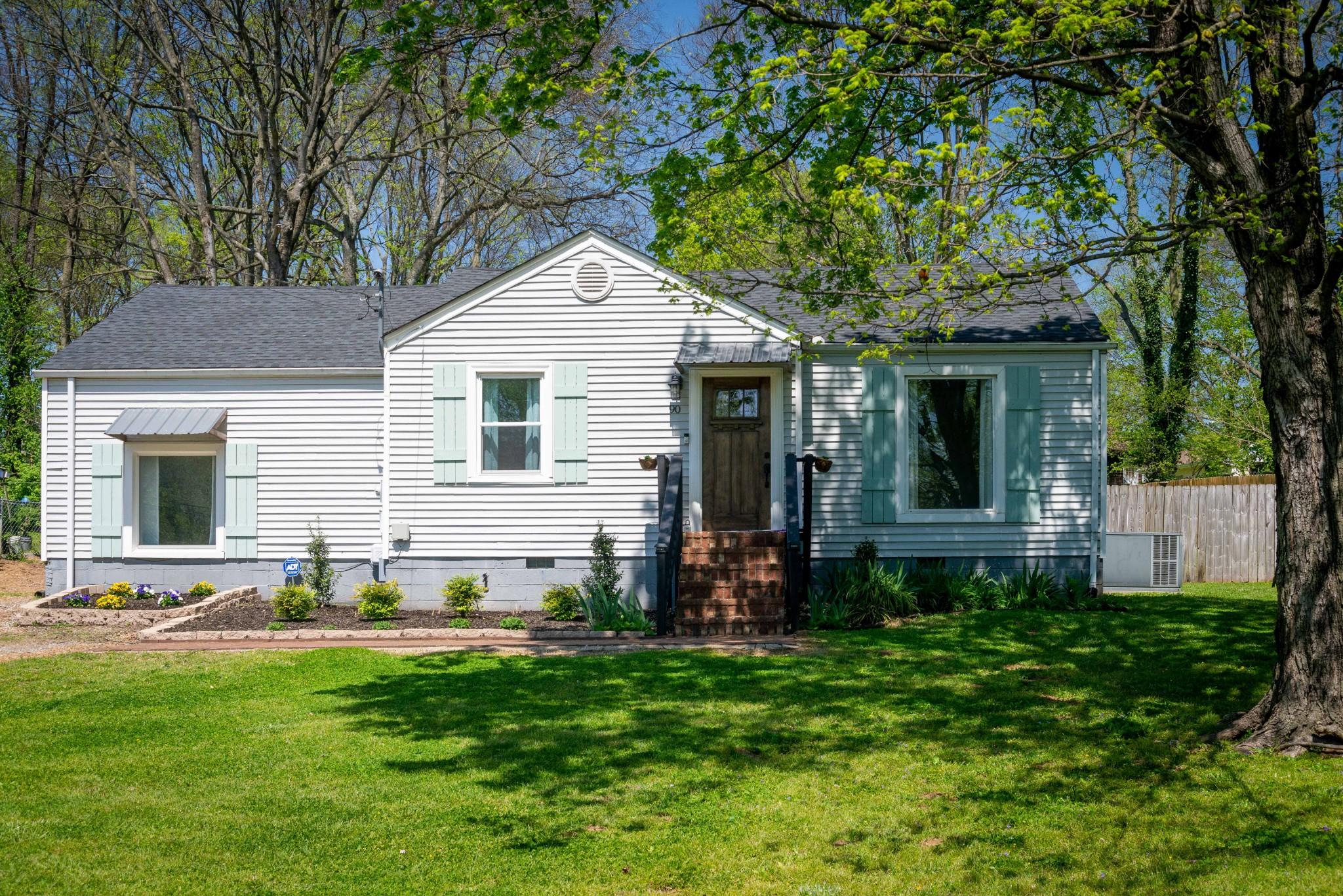 90 Oriel Ave Property Photo - Nashville, TN real estate listing