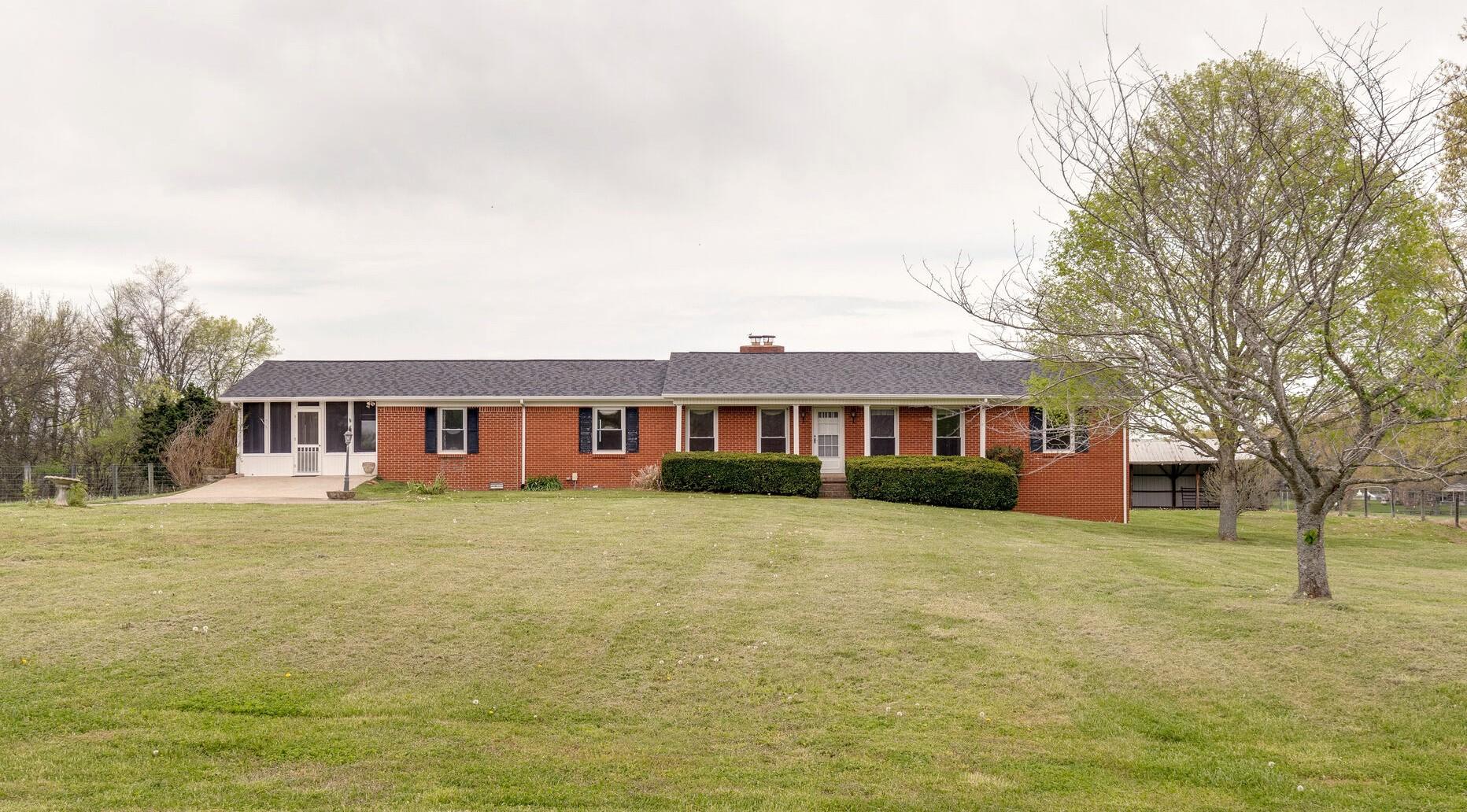 1966 Hayes Denton Rd Property Photo - Columbia, TN real estate listing
