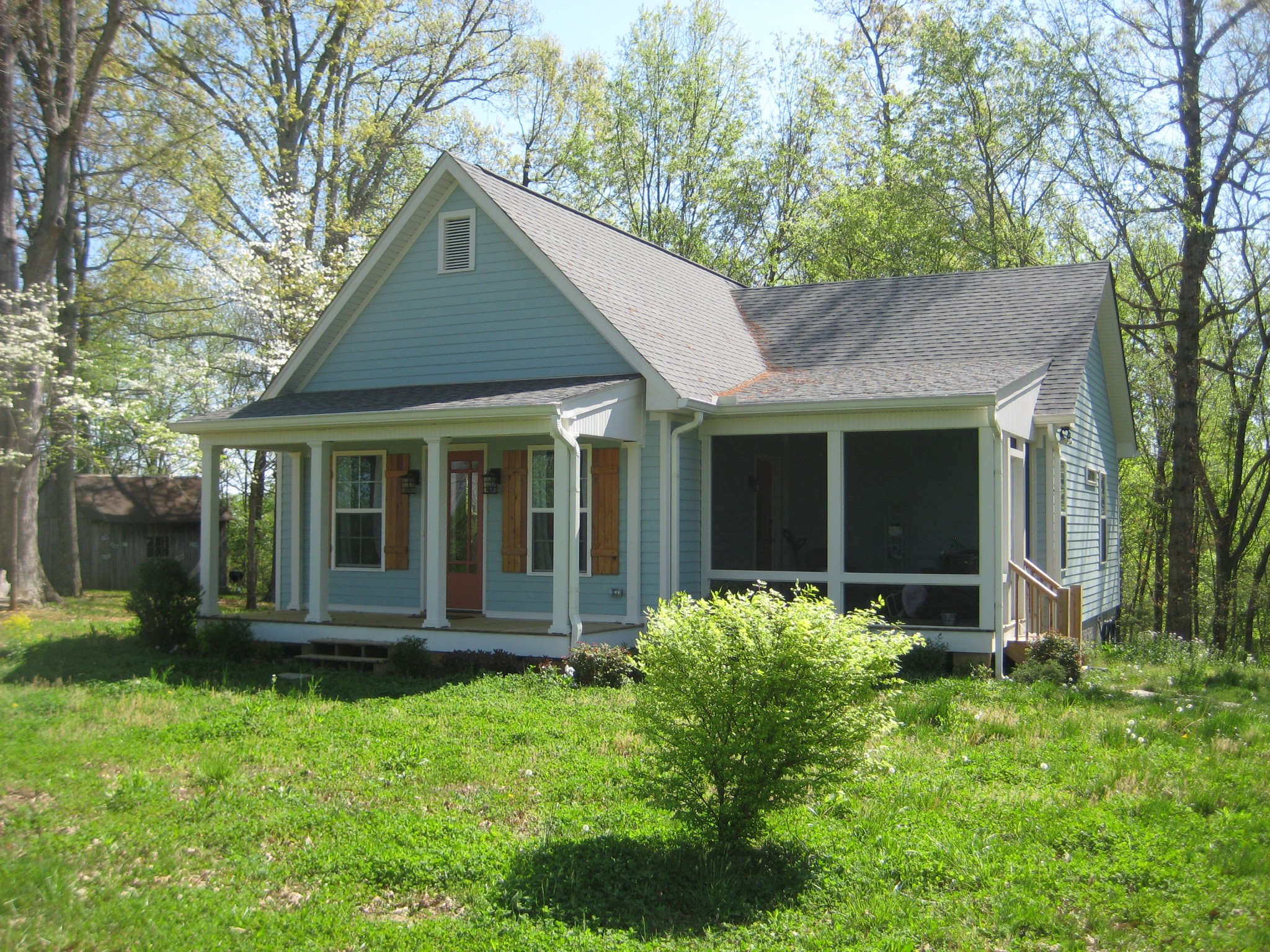 440 Blackey Bandy Rd Property Photo - Bethpage, TN real estate listing