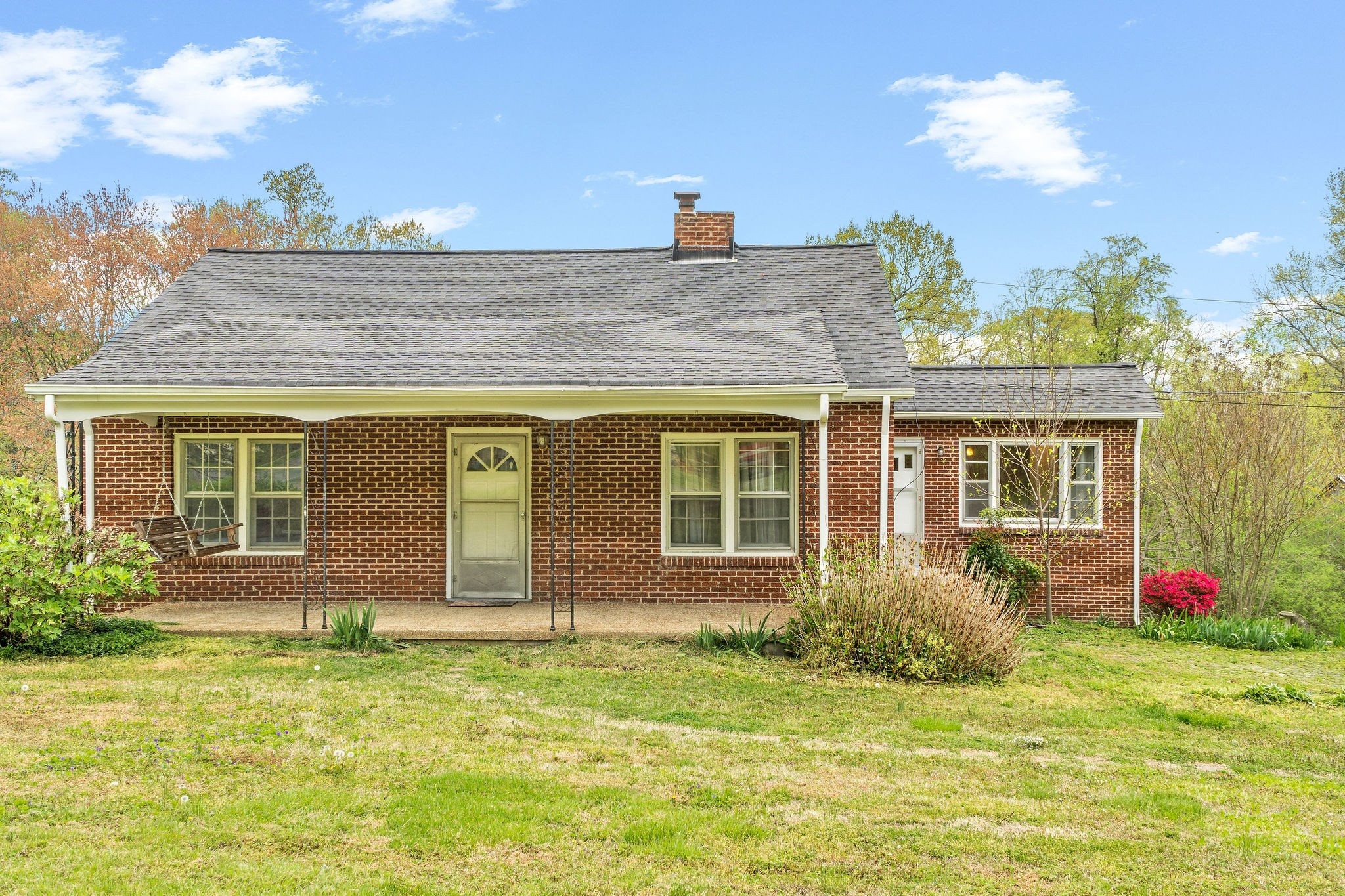 1632 Main St Property Photo - Greenbrier, TN real estate listing