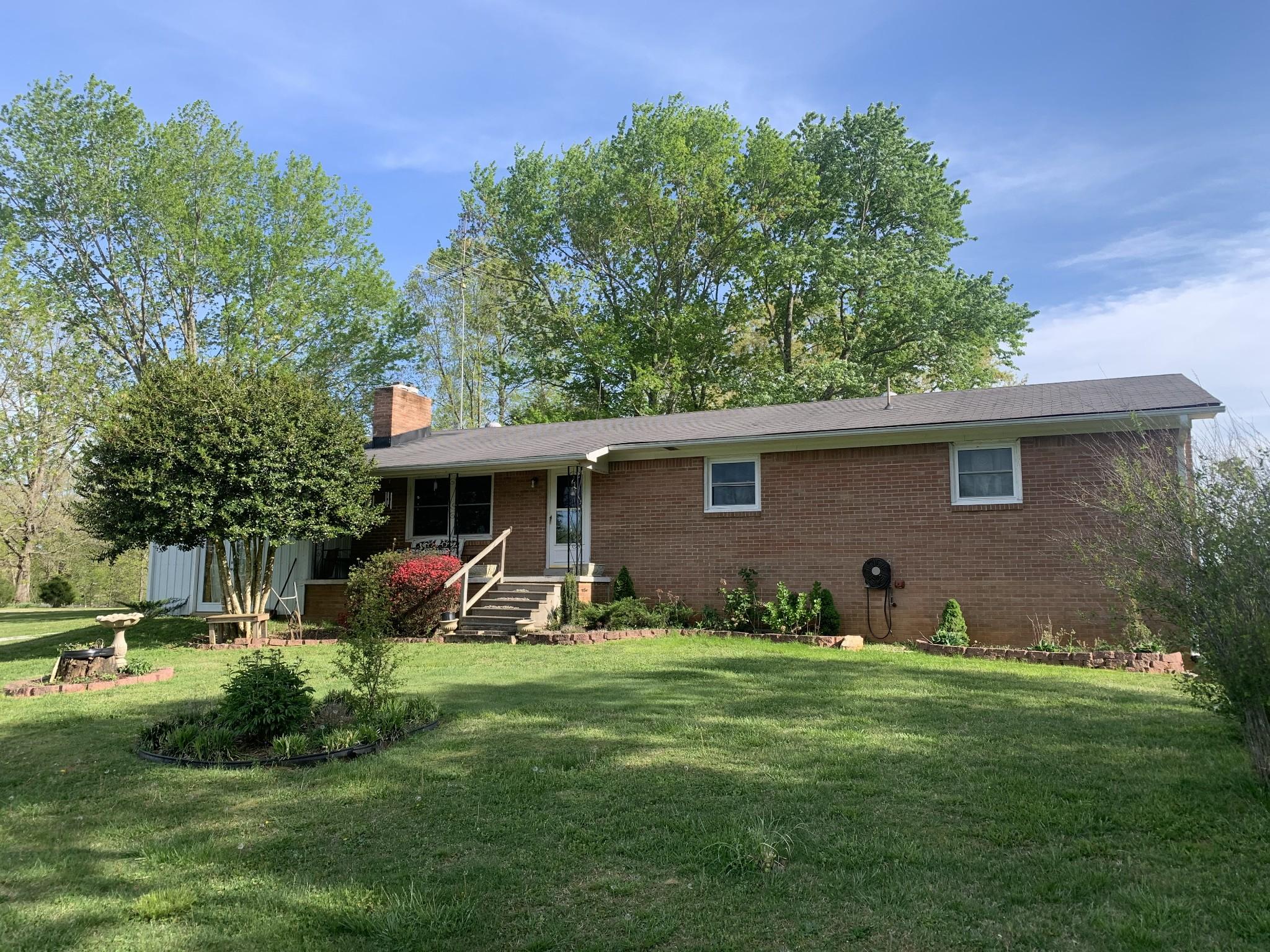 788 Glenn Springs Rd Property Photo - Lawrenceburg, TN real estate listing