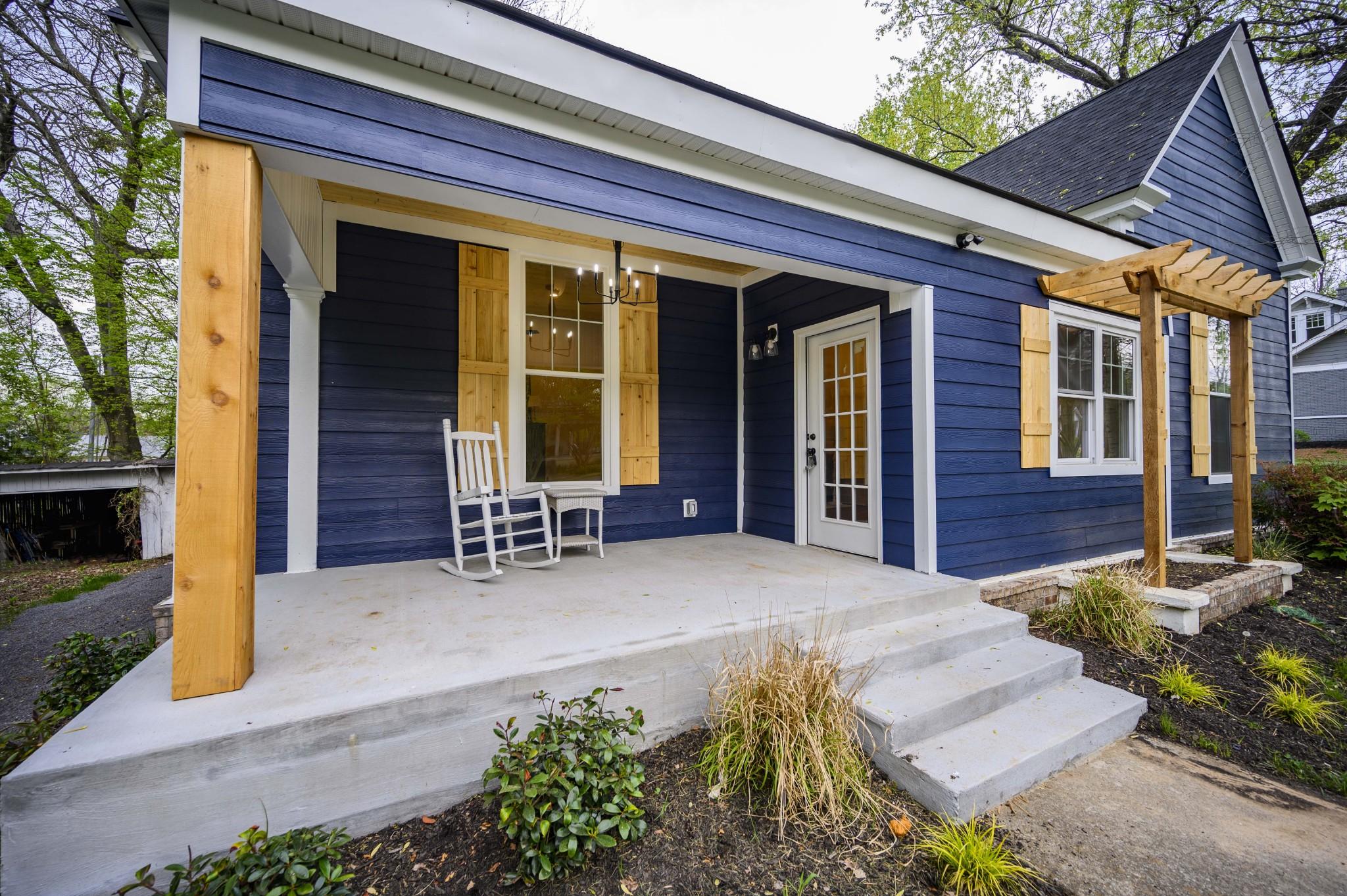 623 N Spring Street Property Photo - Murfreesboro, TN real estate listing