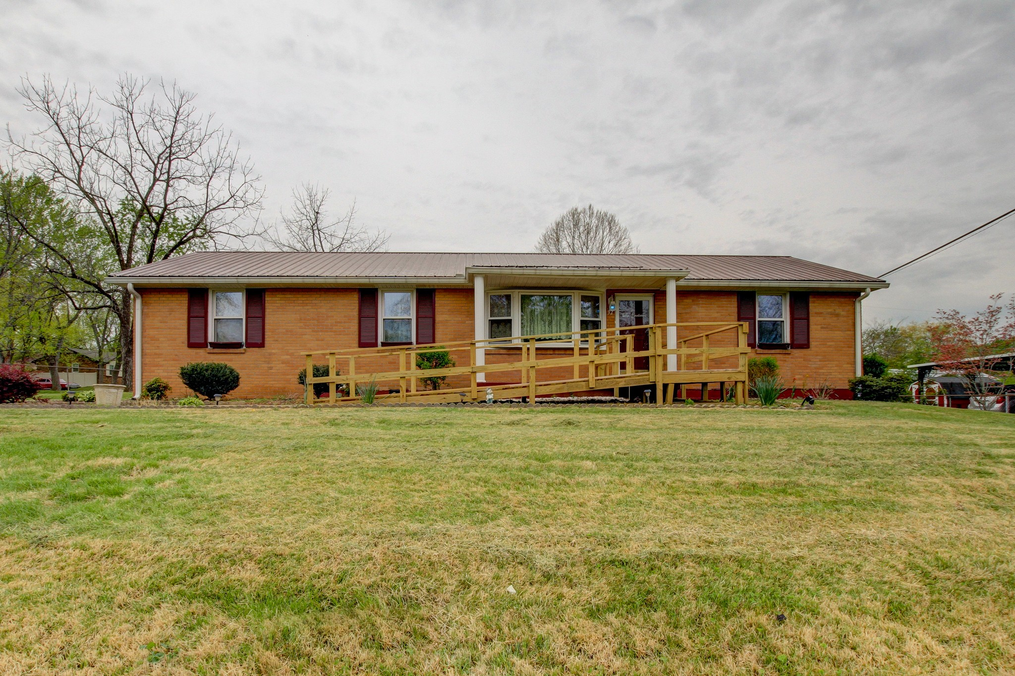 32 Virginia Ter Property Photo - Clarksville, TN real estate listing