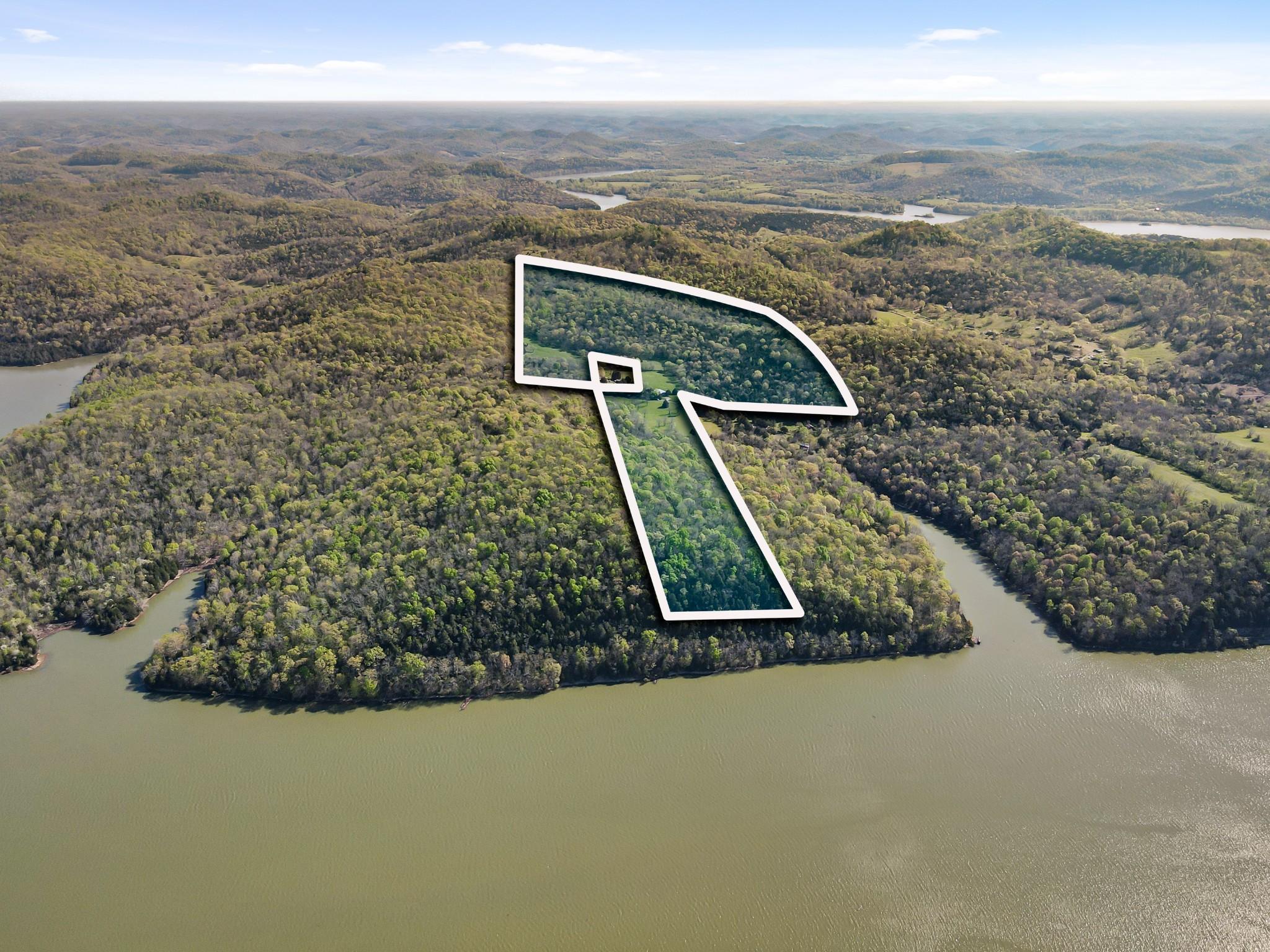 673 Ben Myers Ln Property Photo - Gainesboro, TN real estate listing