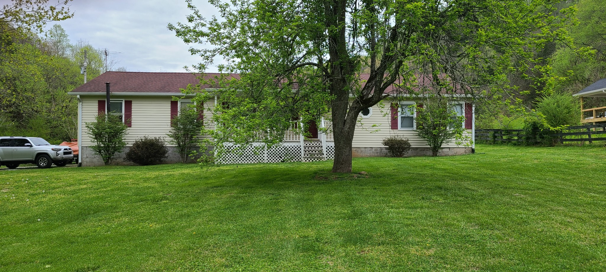 2905 Hartsville Rd Property Photo - Lafayette, TN real estate listing