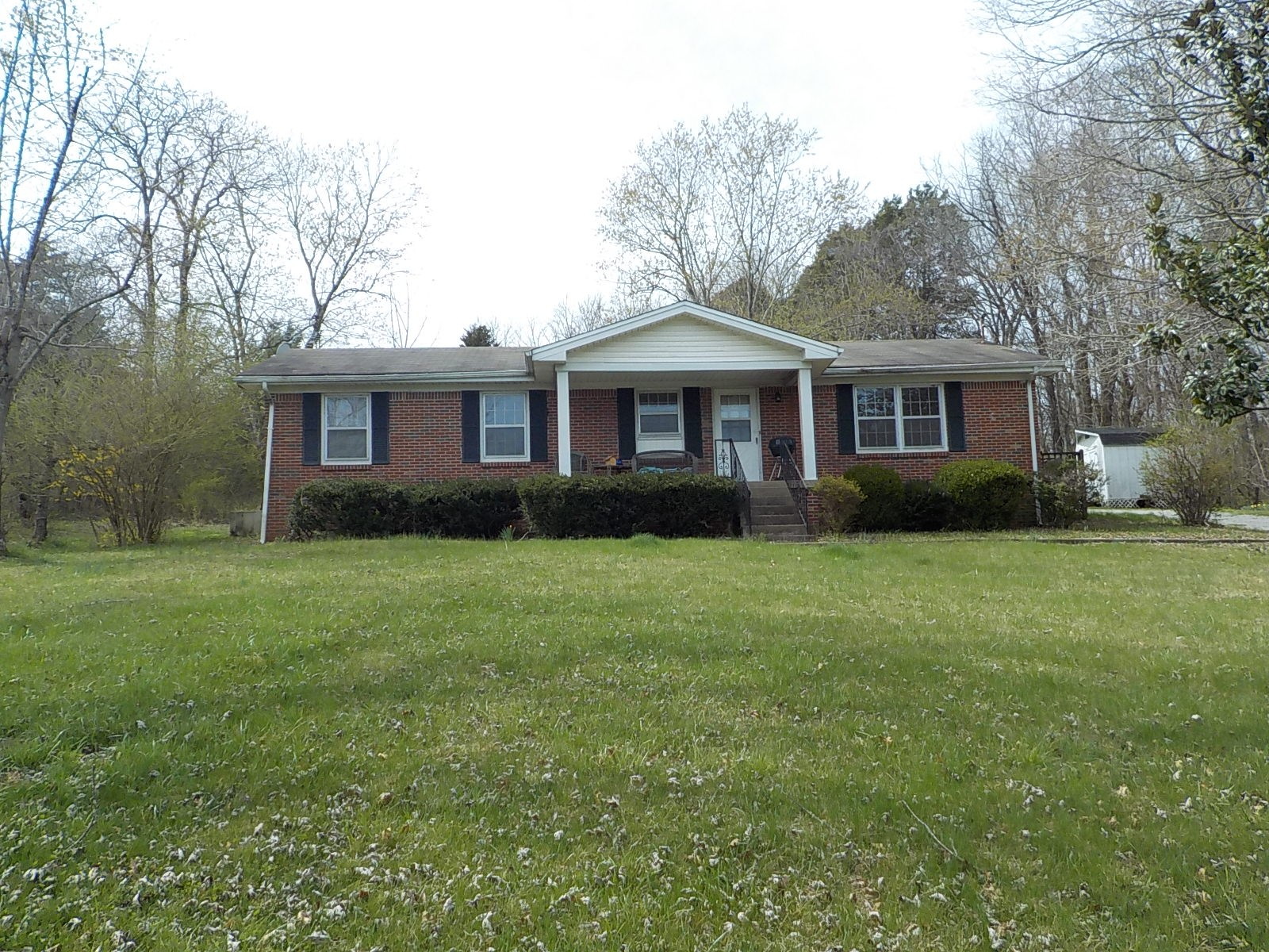 1050 Harsh Ln Property Photo - Castalian Springs, TN real estate listing