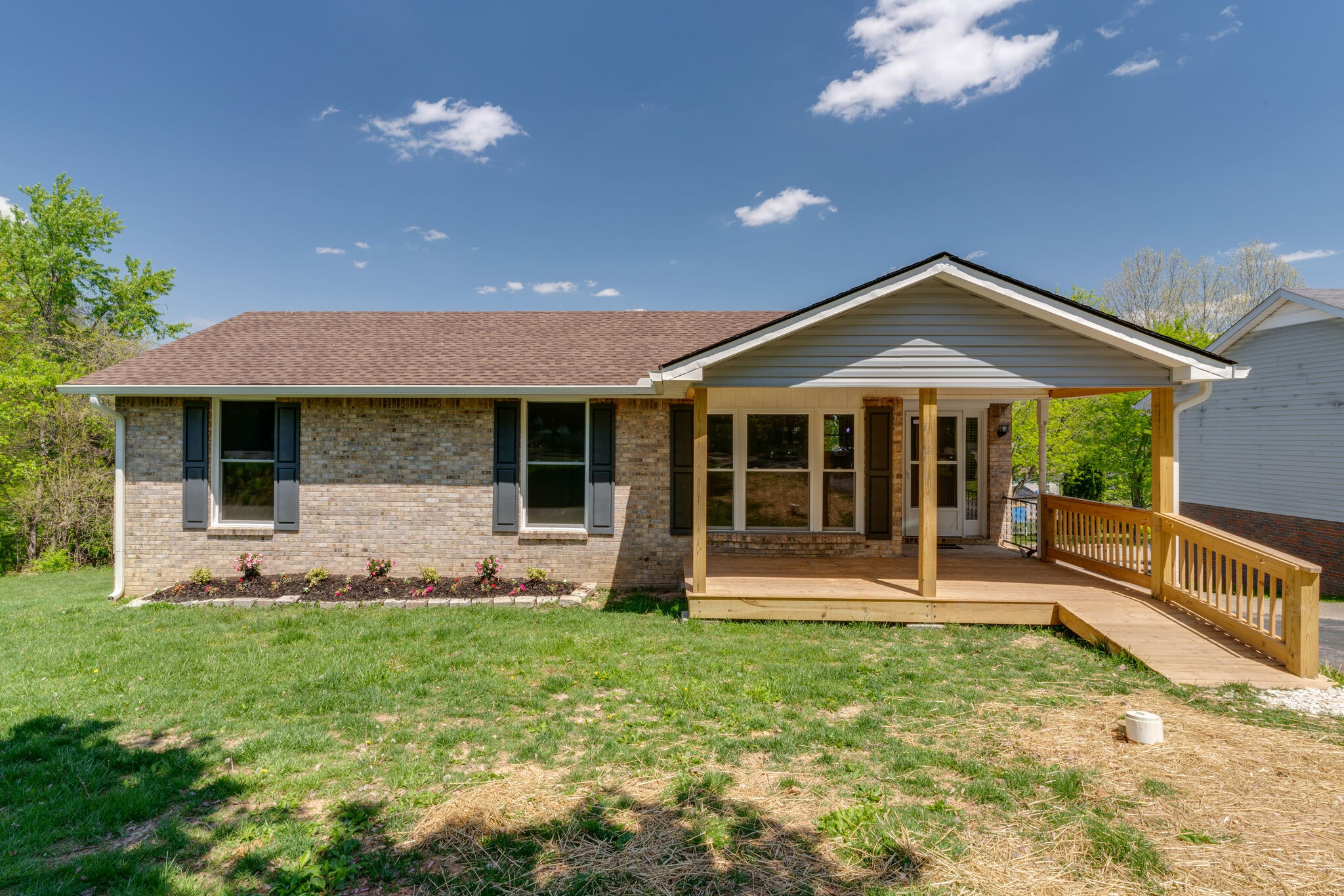 2500 17th Ave E Property Photo - Springfield, TN real estate listing