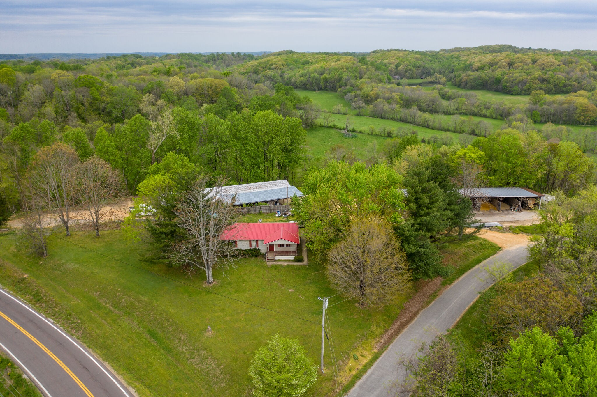 1784 Highway 166 N Property Photo - Mount Pleasant, TN real estate listing