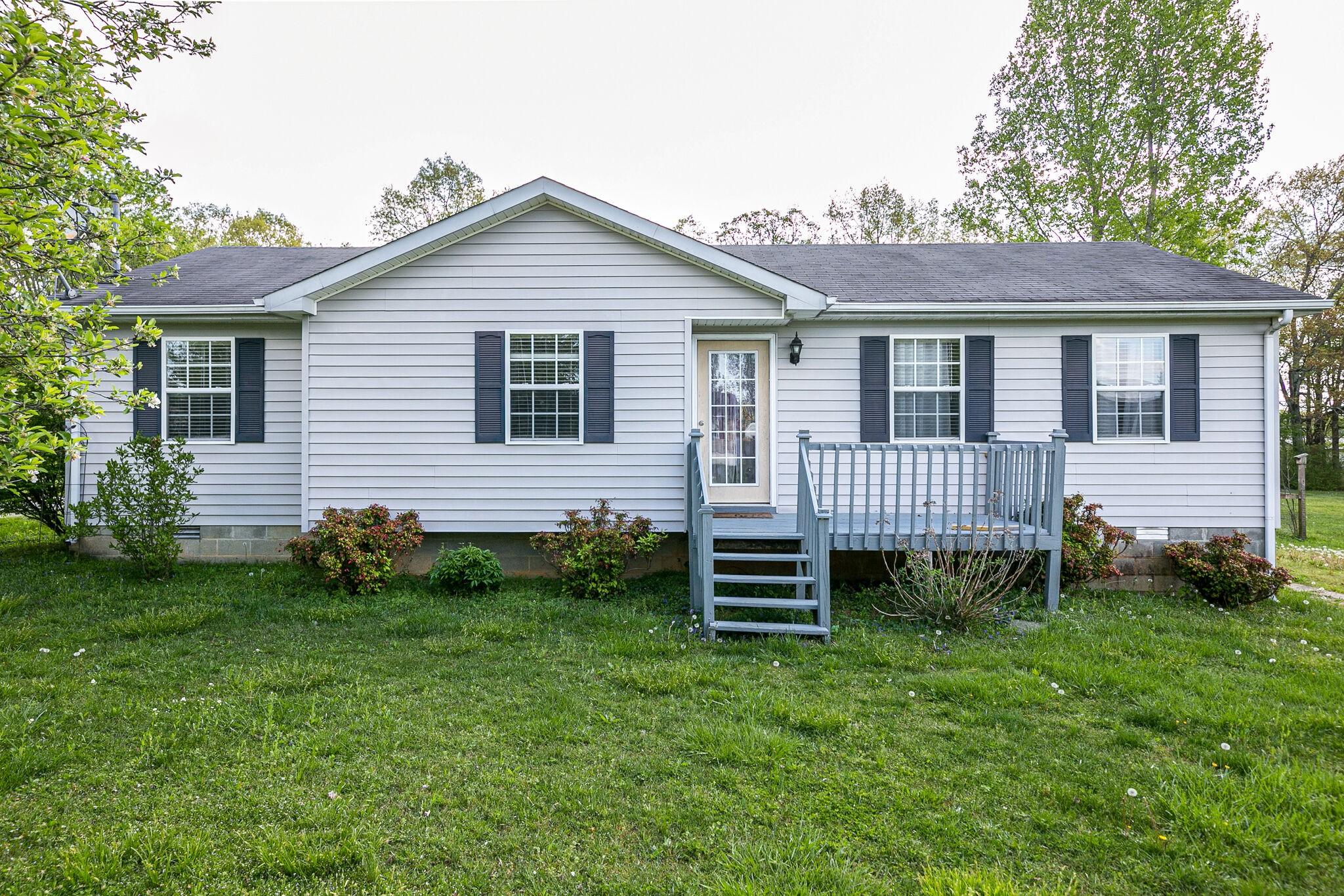 184 N E St Property Photo - Hillsboro, TN real estate listing