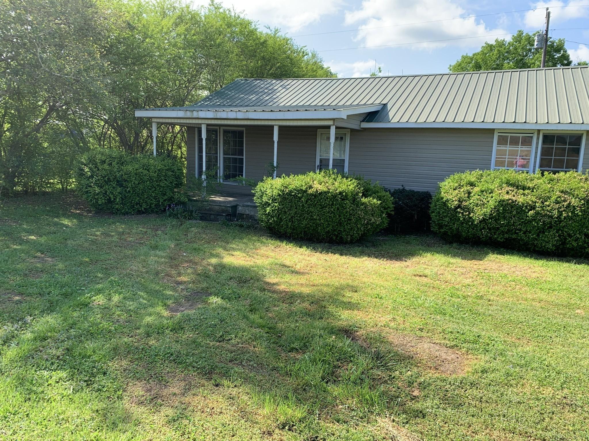 231 Franklin St Property Photo - Cowan, TN real estate listing
