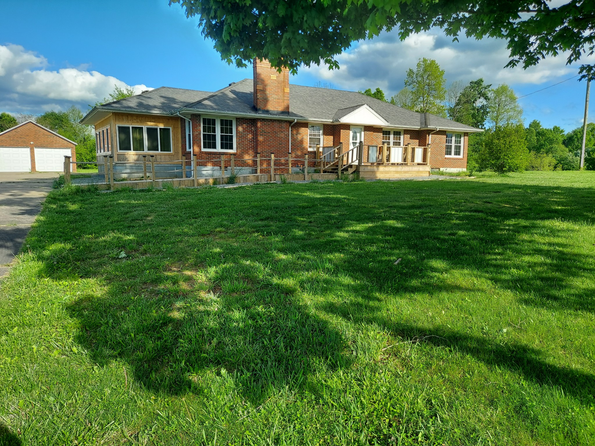 545 Carthage Rd Property Photo - Red Boiling Springs, TN real estate listing